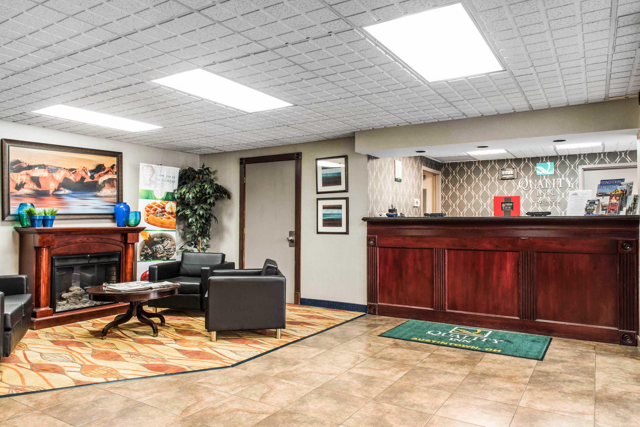 Quality Inn Austintown-Youngstown West image 4