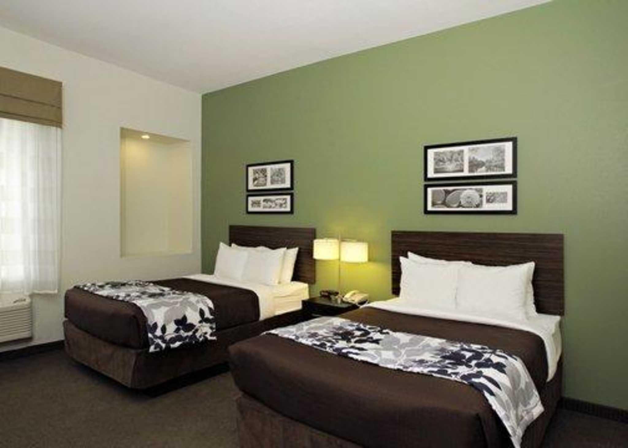 Sleep Inn & Suites Downtown Inner Harbor image 6