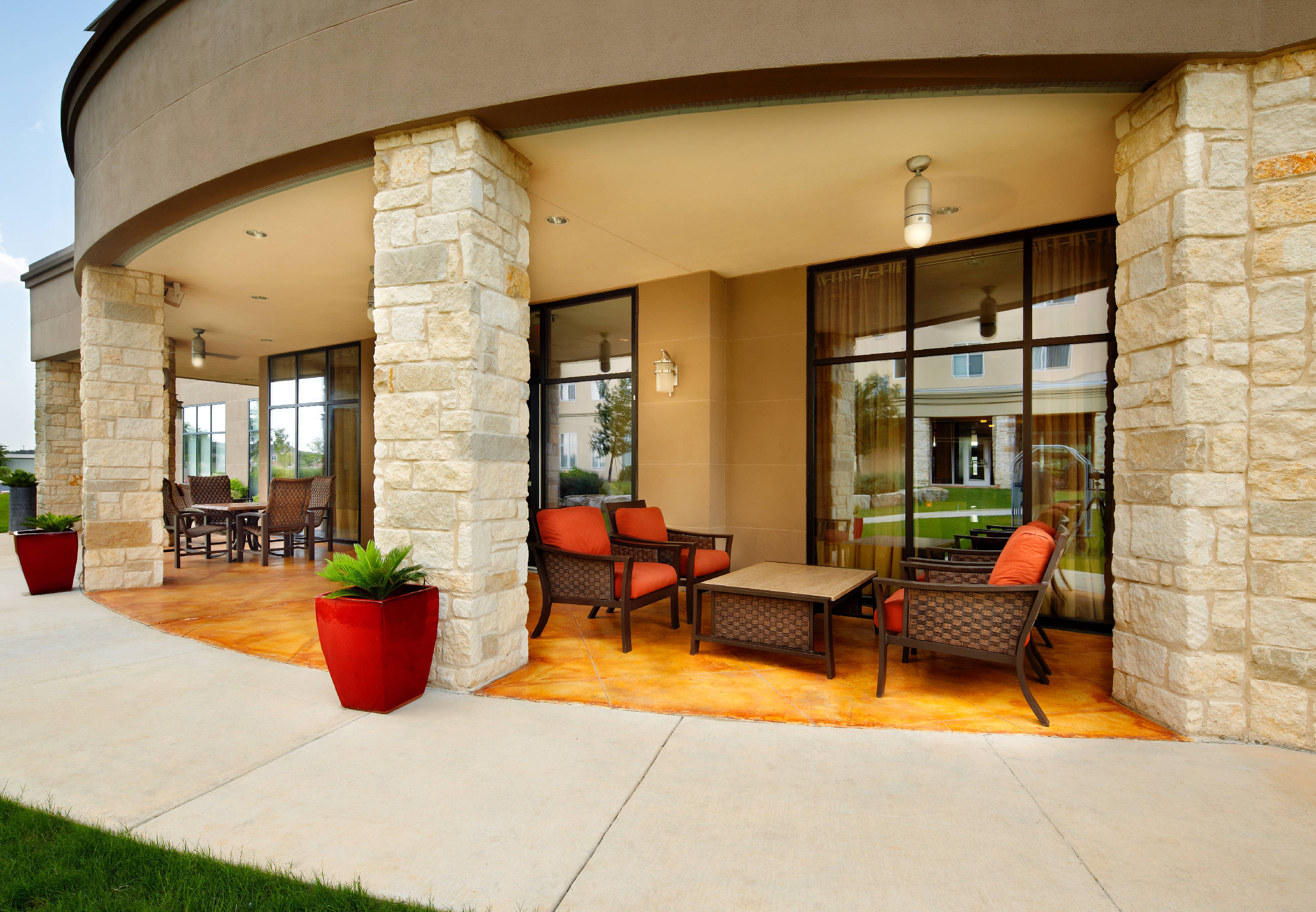 Courtyard by Marriott San Antonio Six Flags® at The RIM image 1