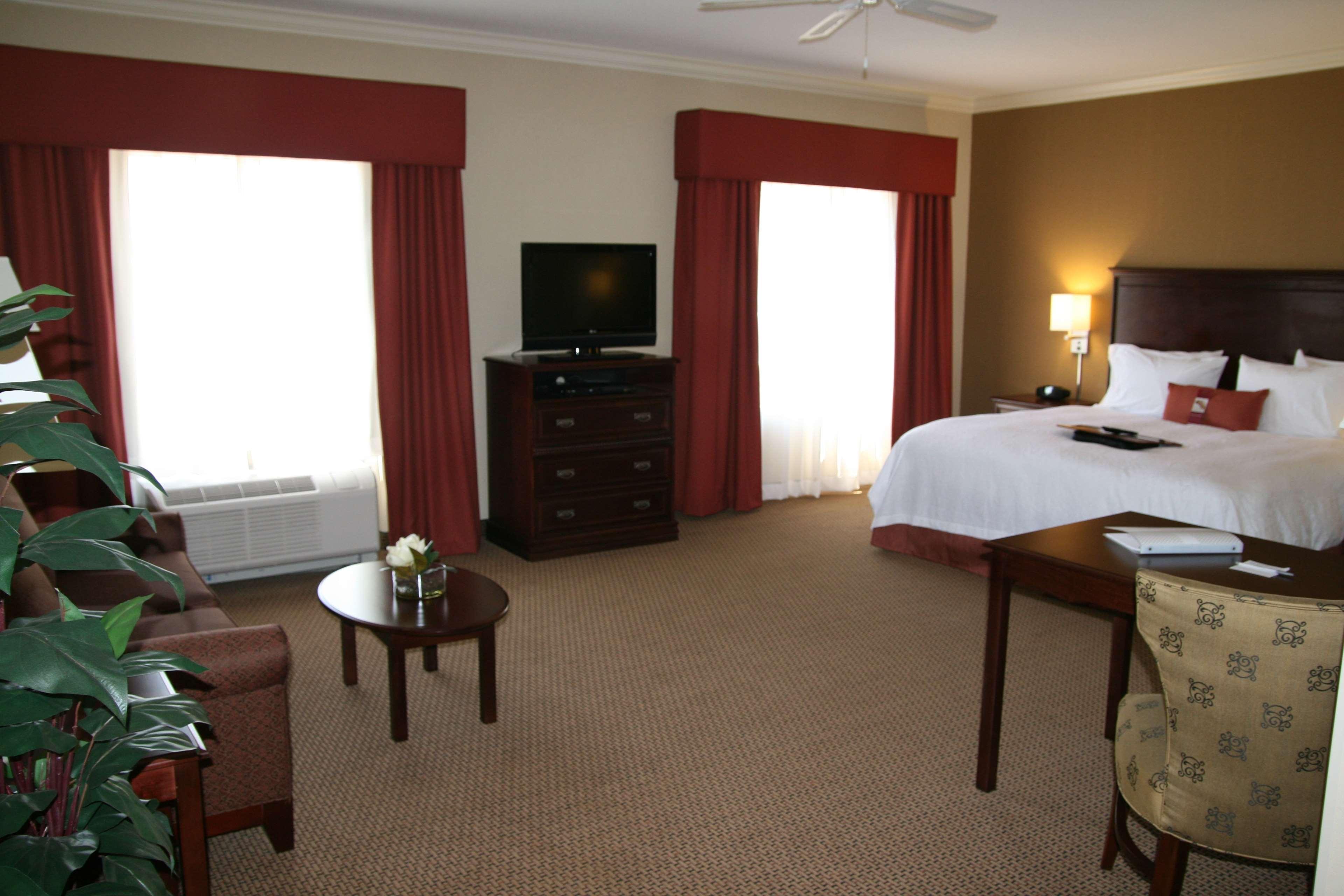 Hampton Inn & Suites Lanett-West Point image 28