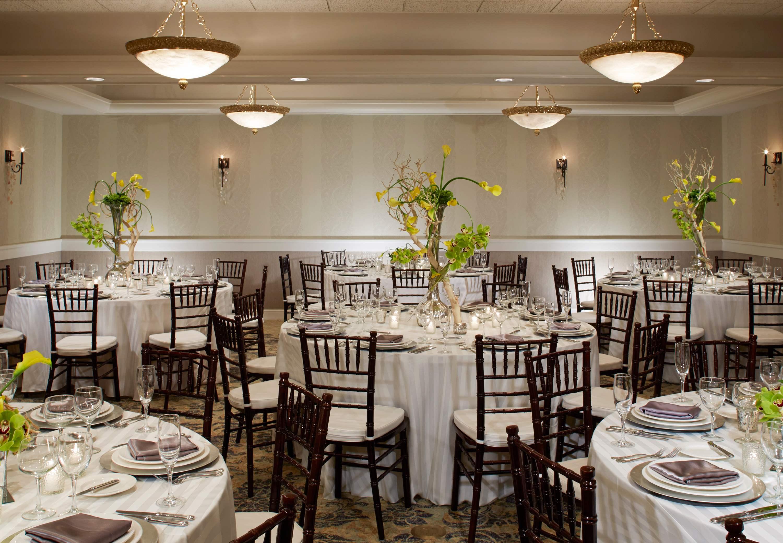 The Del Monte Lodge Renaissance Rochester Hotel & Spa image 28