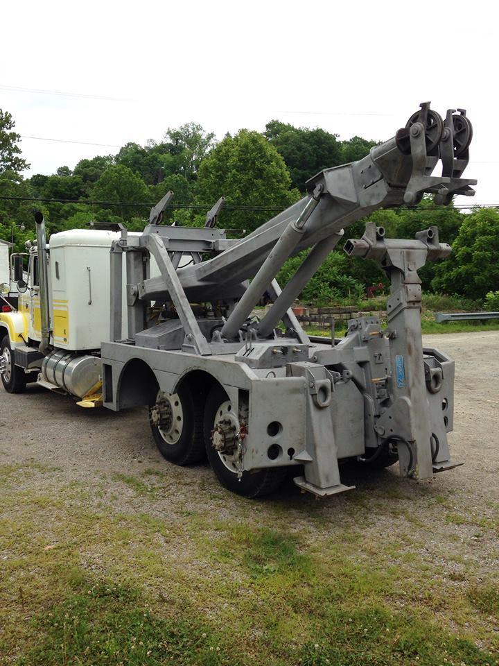 Bujanowski Towing Service image 3