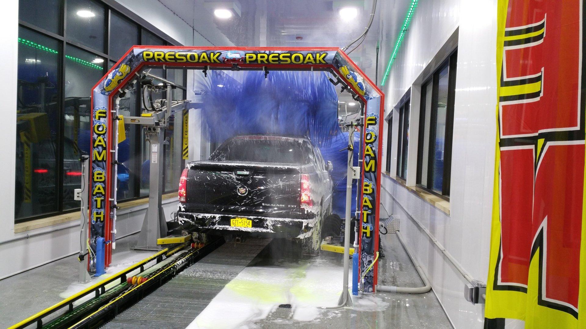 Pooran Car Wash image 3