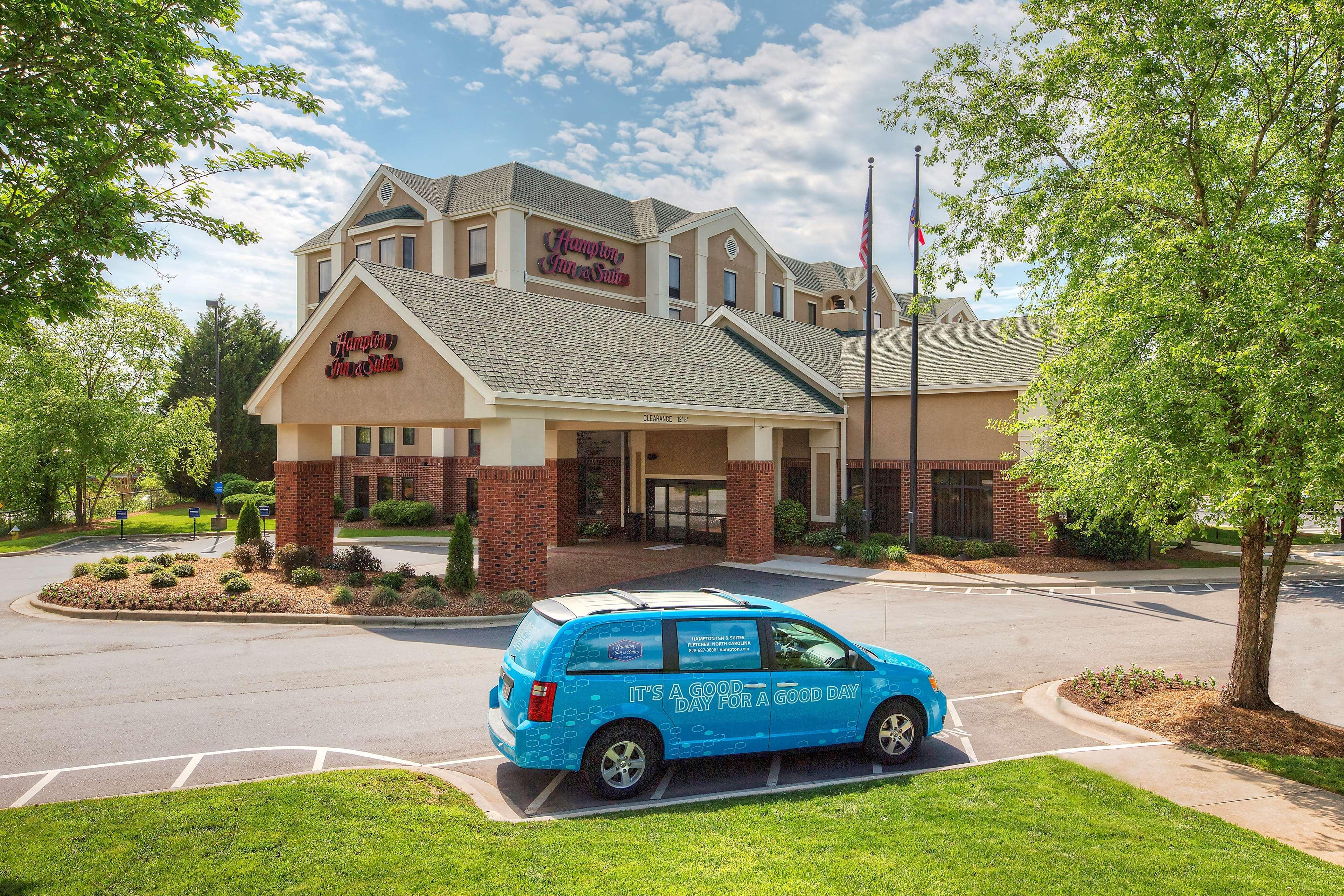 Hampton Inn & Suites Asheville-I-26 image 0