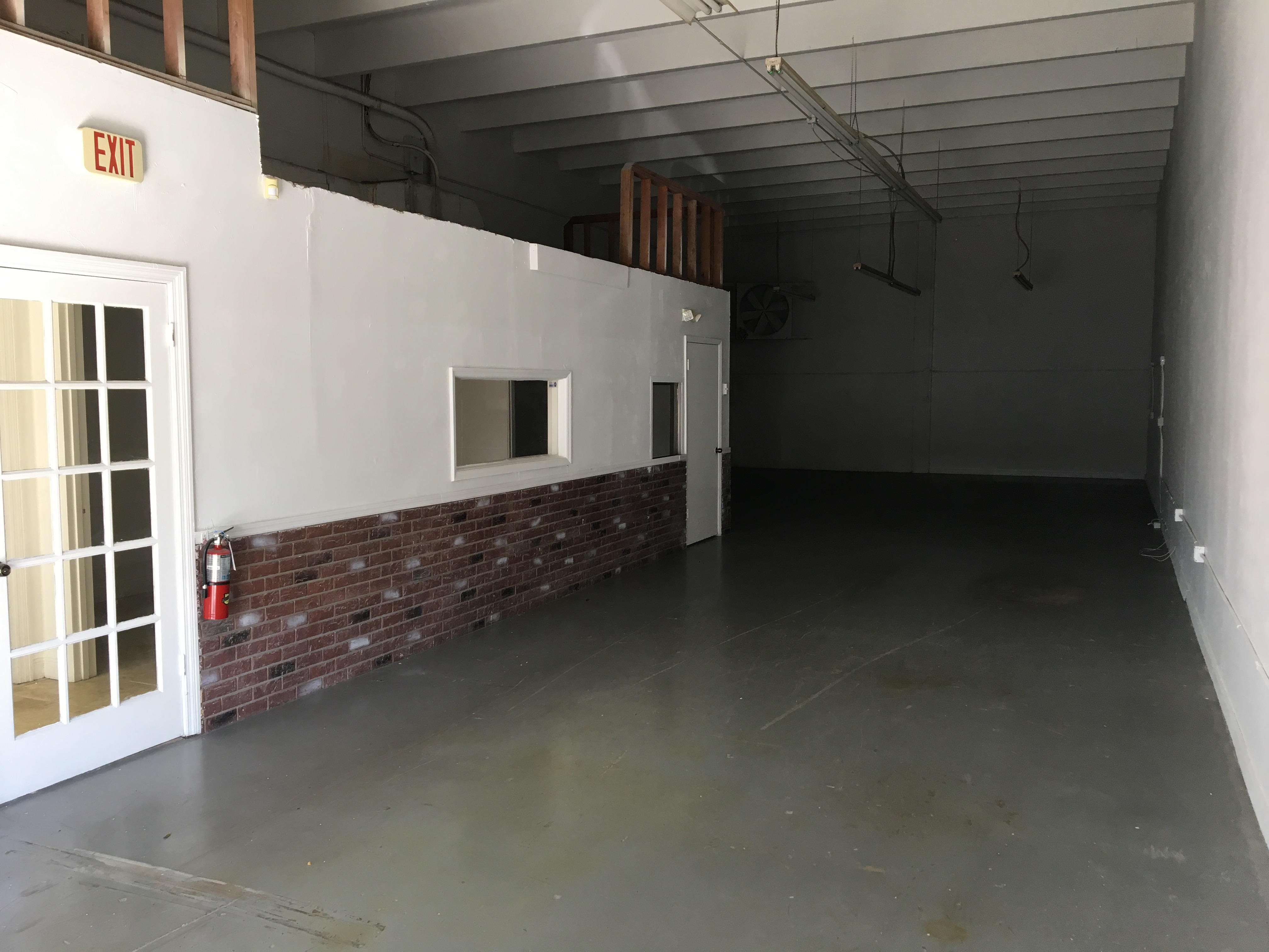 Warehouse for Rent in Miami image 16