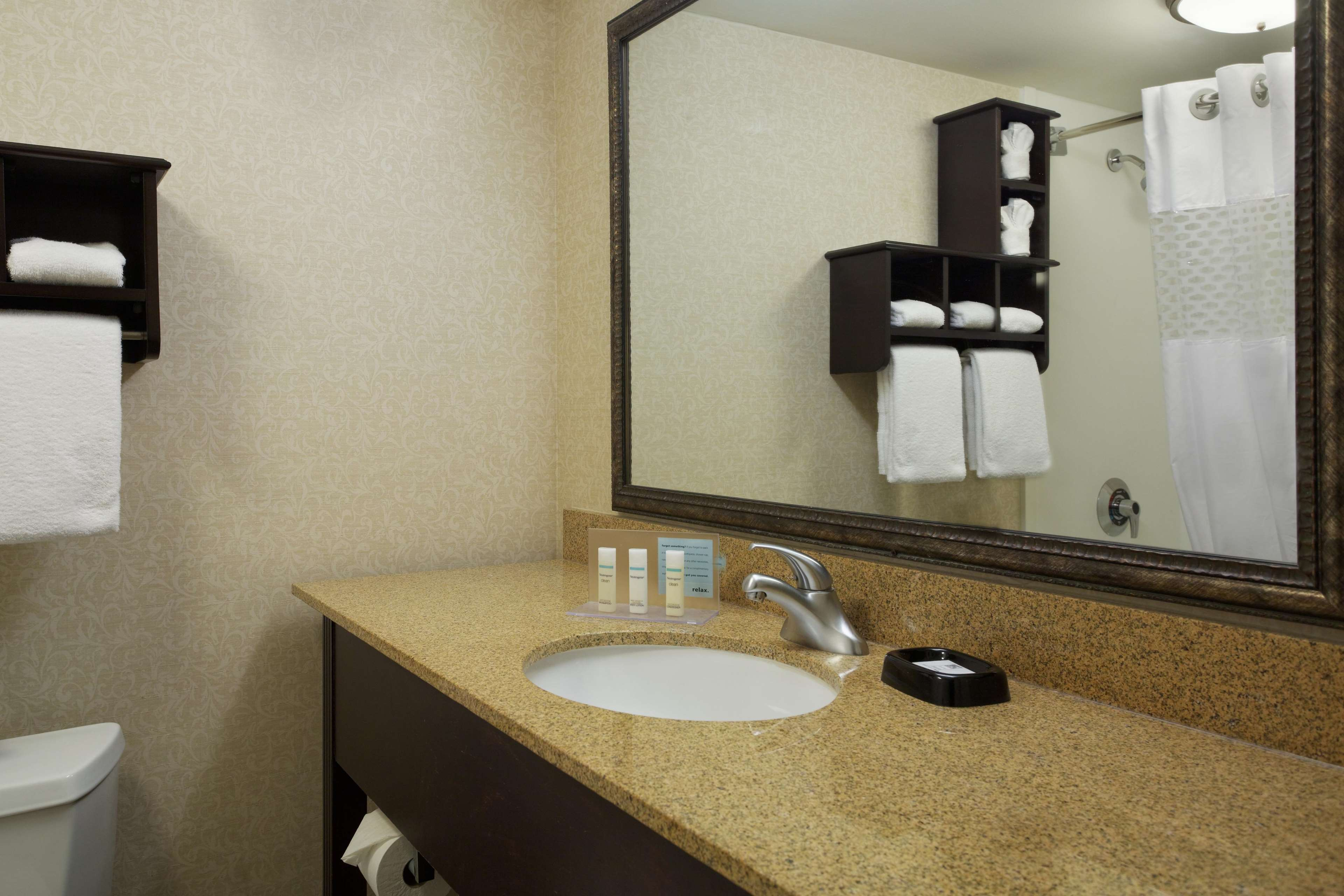 Hampton Inn Charlotte-University Place image 30