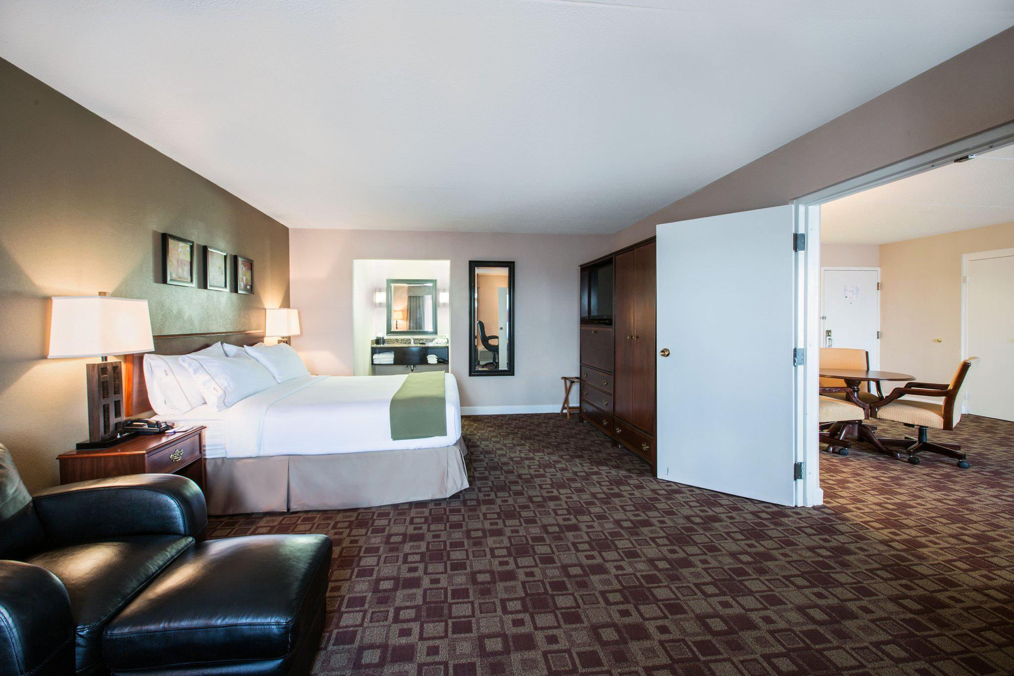 Holiday Inn Express Rolling Mdws-Schaumburg Area in Rolling Meadows, IL, photo #32