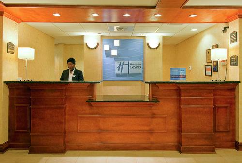 Holiday Inn Express & Suites Pensacola W I-10 image 1
