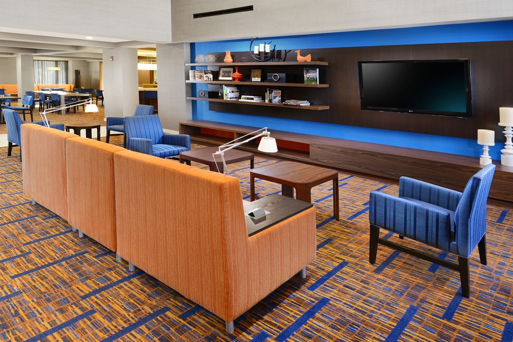 Courtyard by Marriott Dallas Richardson at Campbell image 3