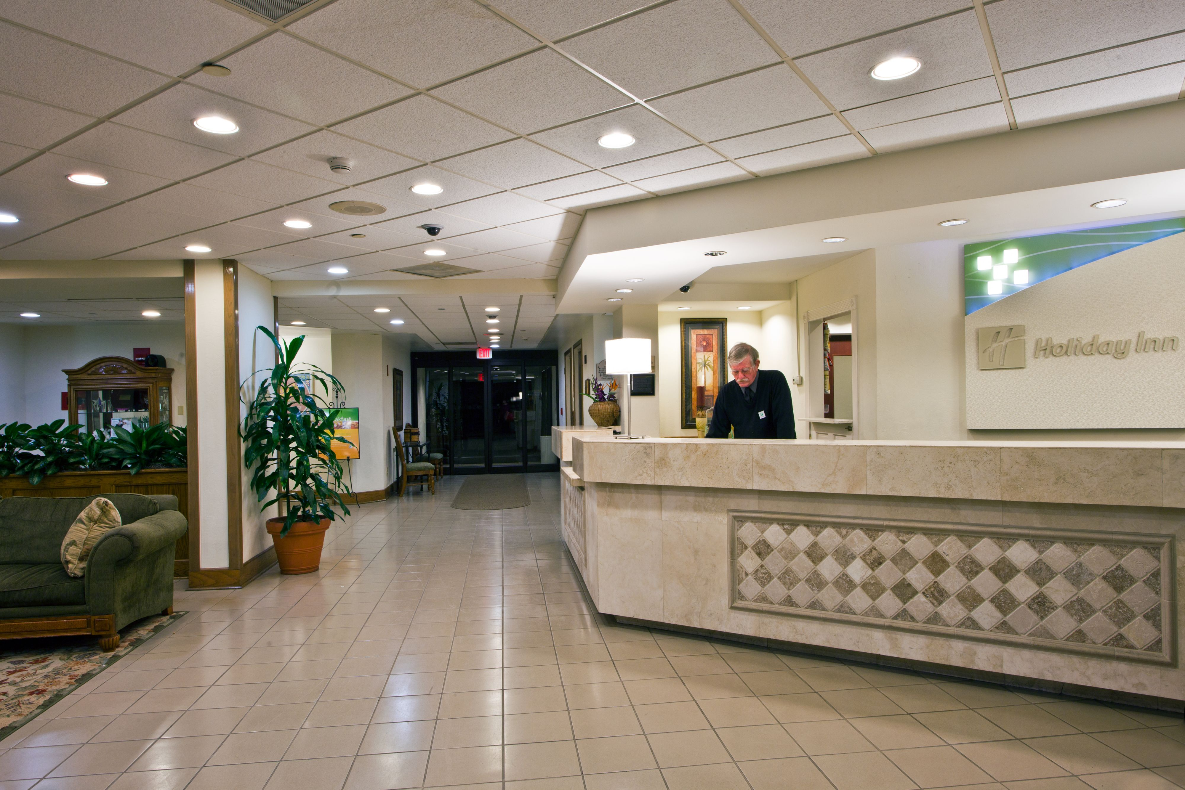 Holiday Inn Port St. Lucie image 4