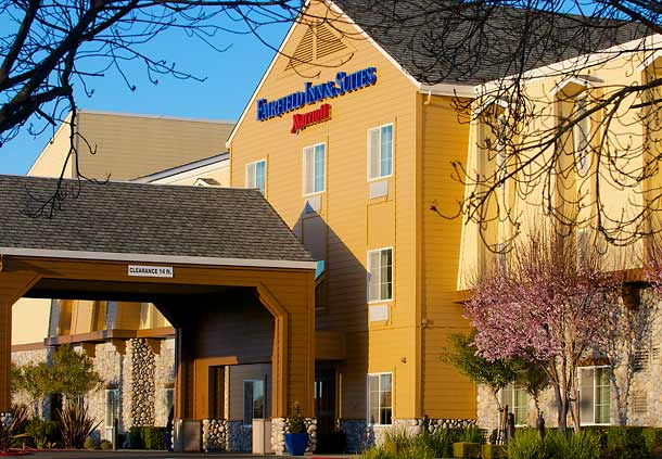 Fairfield Inn & Suites by Marriott Napa American Canyon image 0