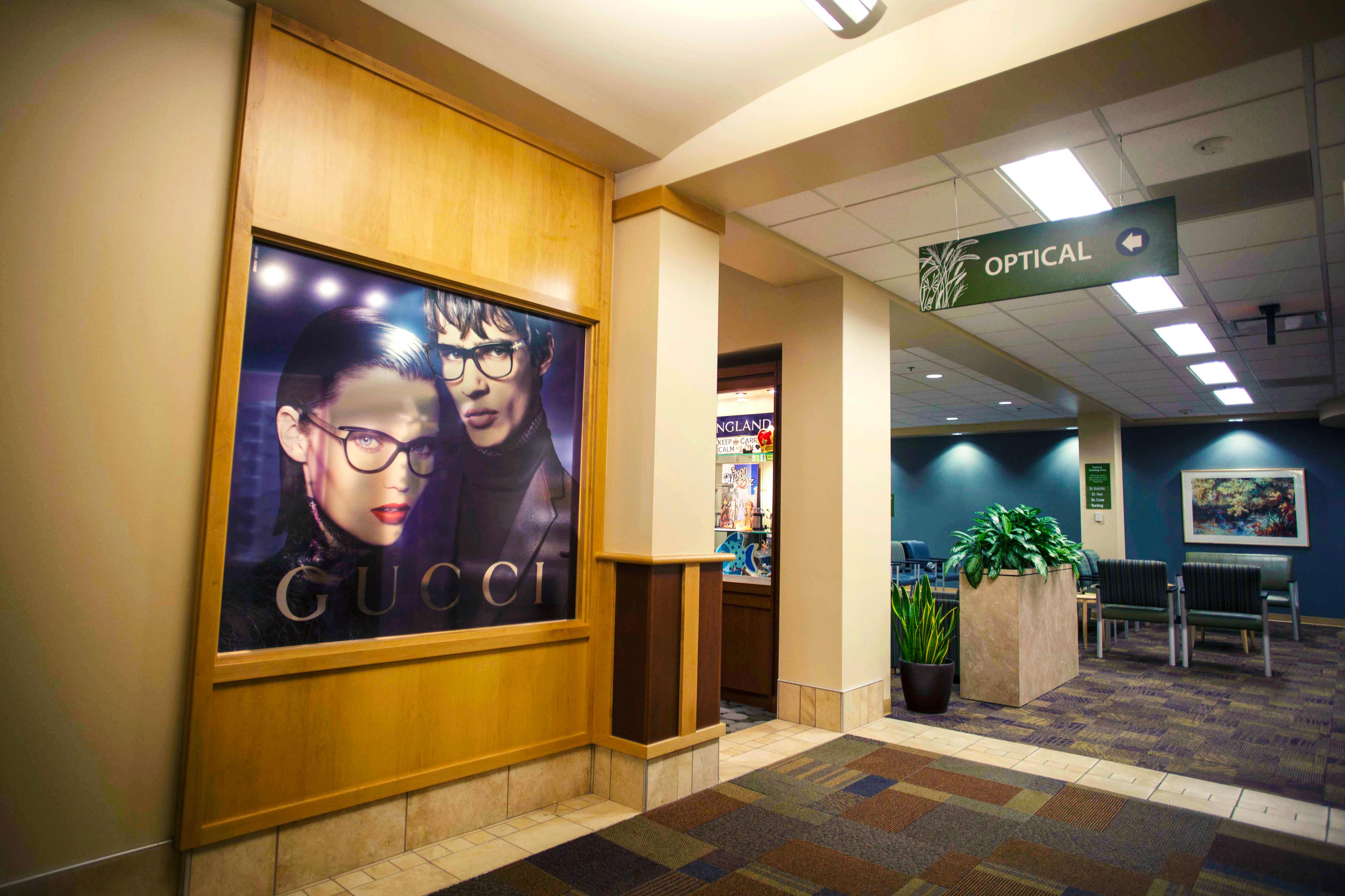 Illinois Eye Center Optical Boutique image 5
