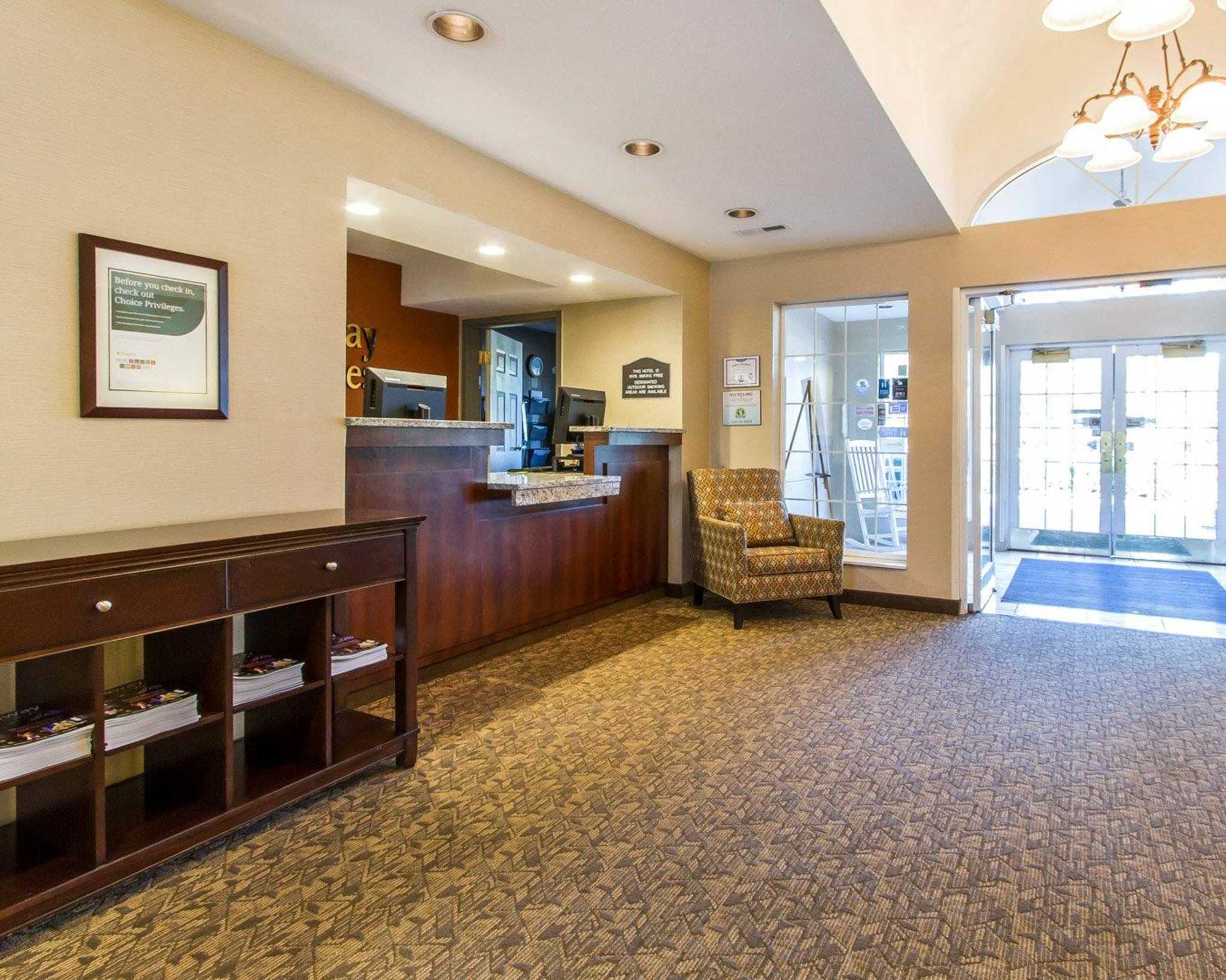 MainStay Suites image 7