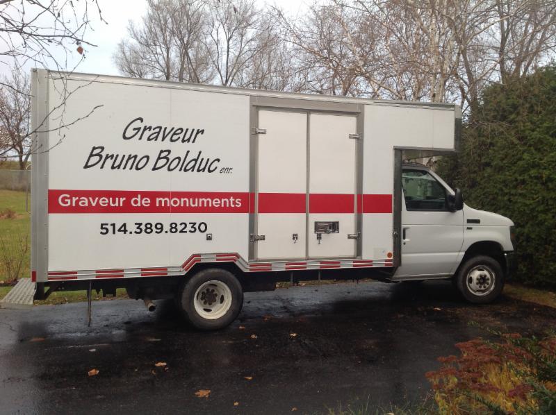 Graveur Bruno Bolduc Enr à Laval