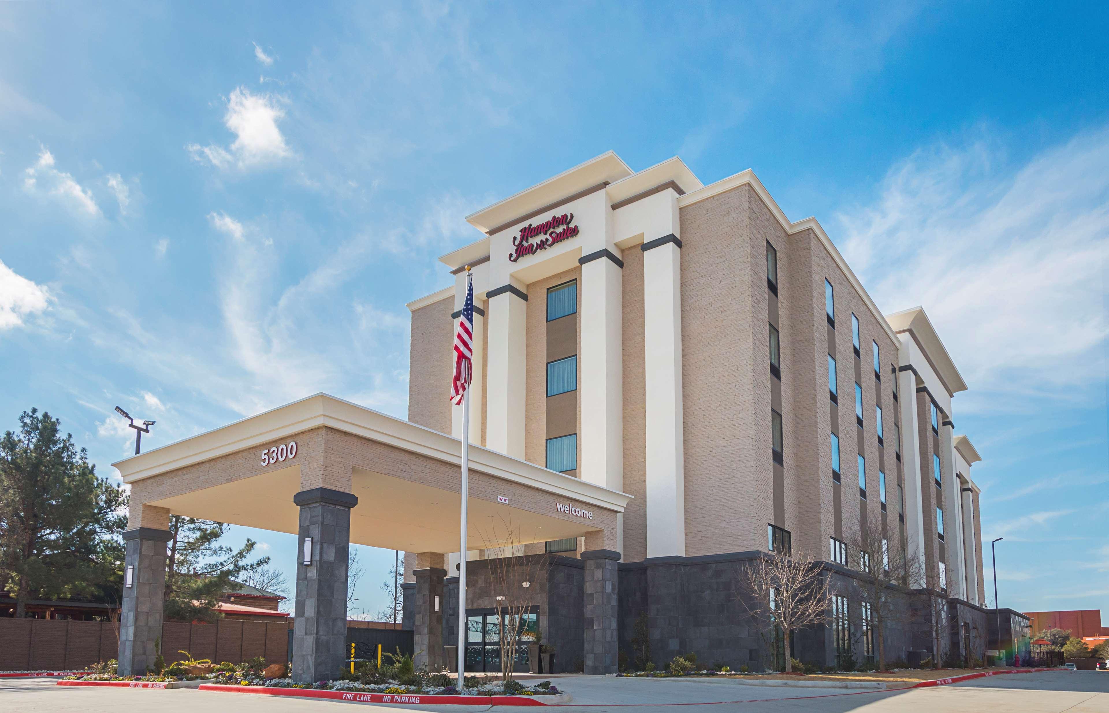 Hampton Inn & Suites Colleyville DFW West image 1
