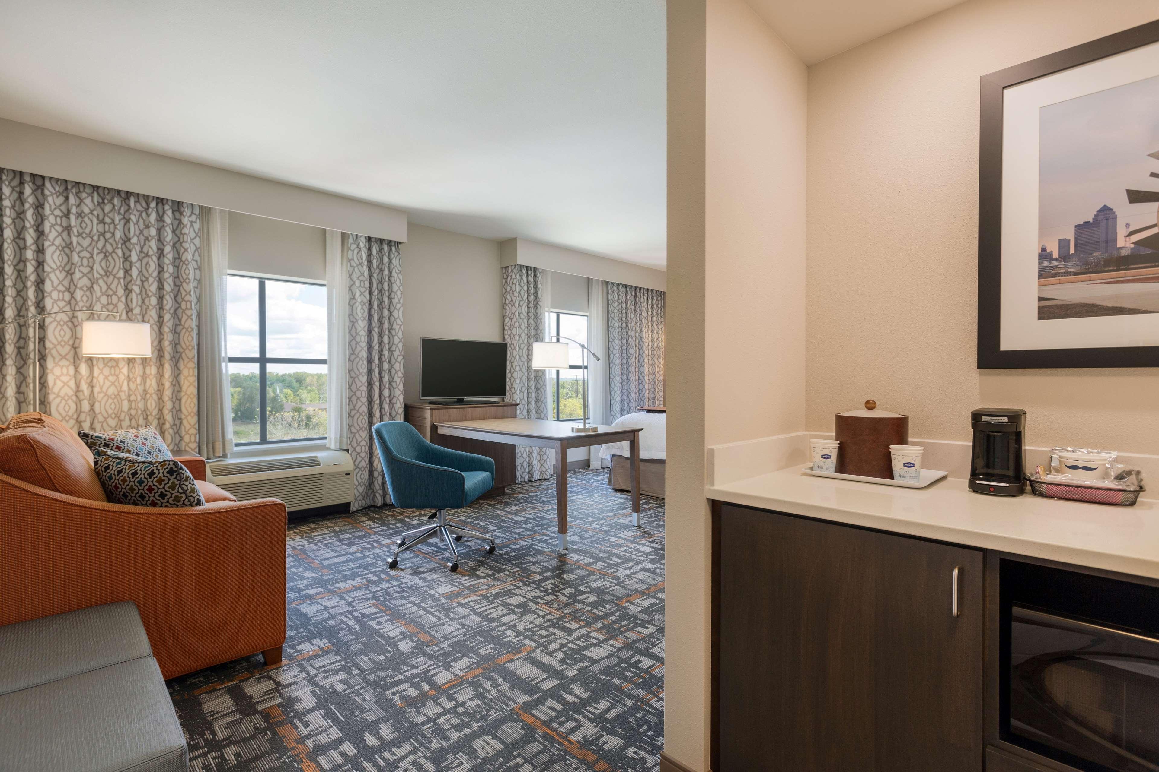 Hampton Inn & Suites West Des Moines/SW Mall Area image 15