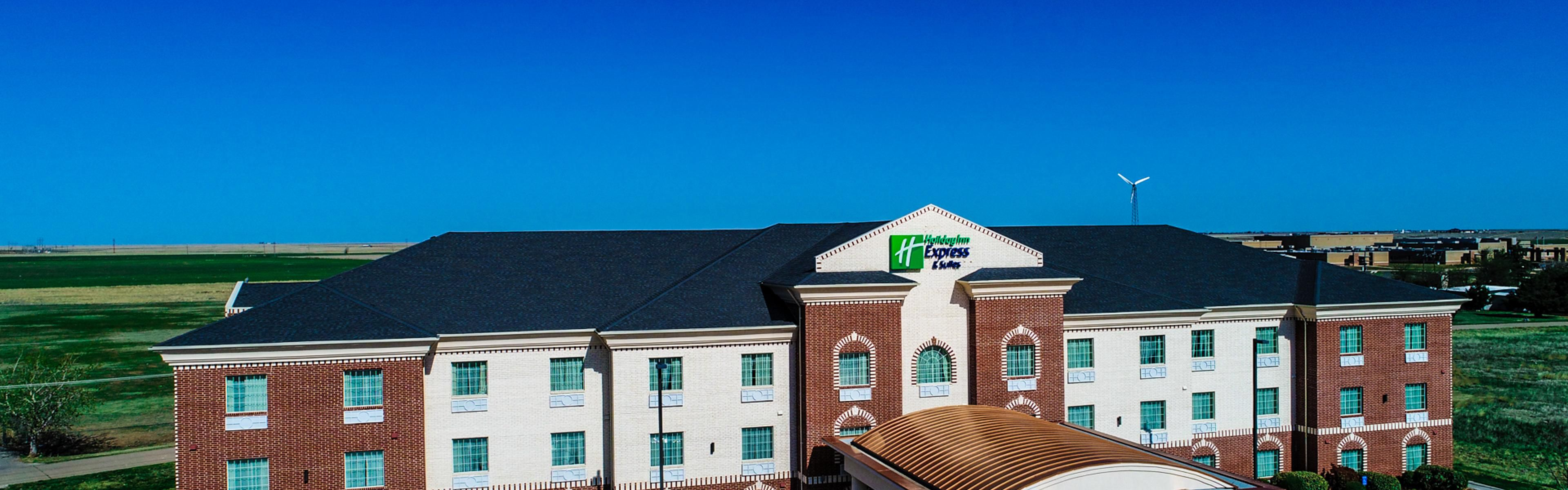 Holiday Inn Express & Suites Pampa image 0