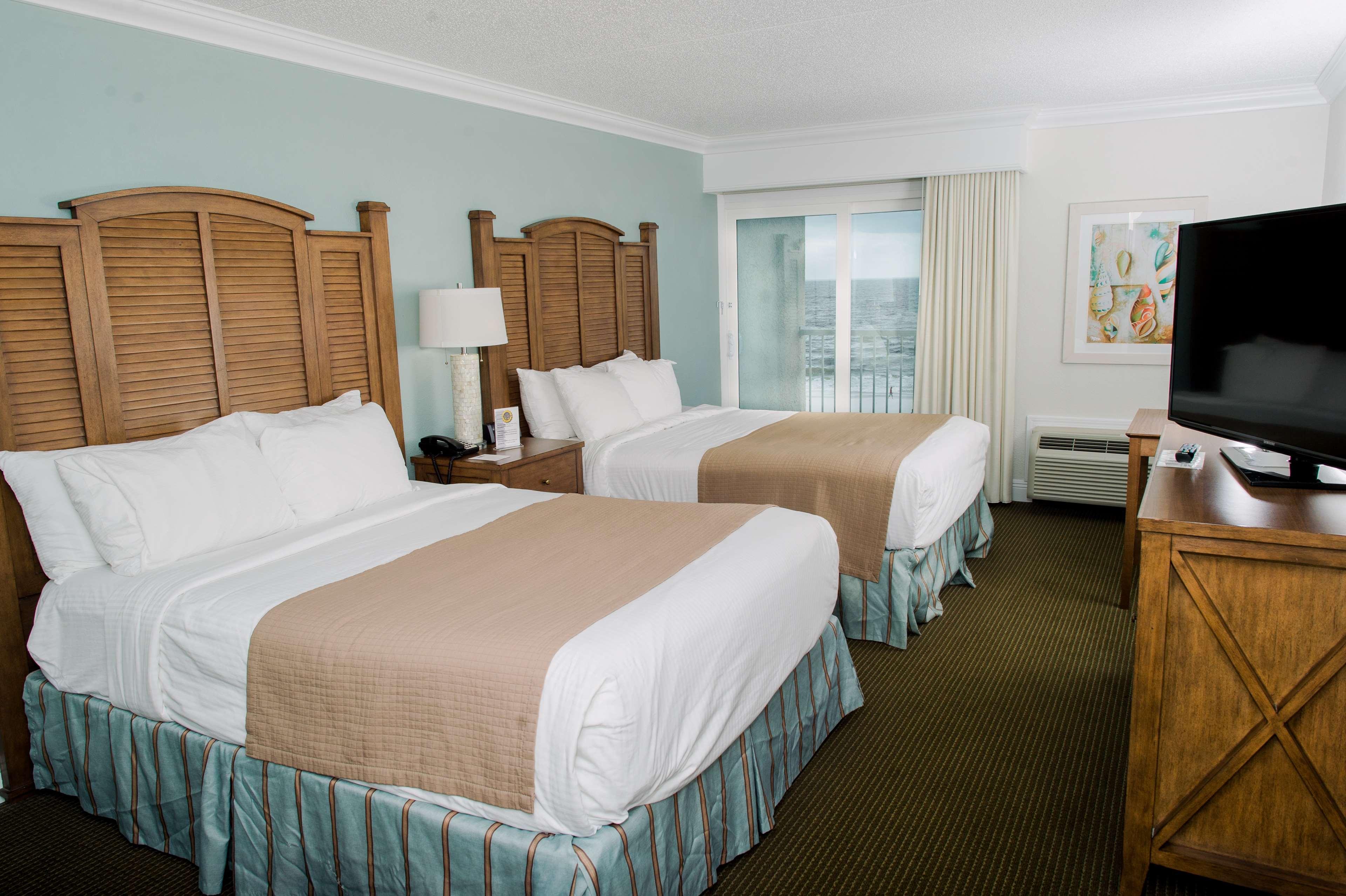 Double Queen Ocean Front Room
