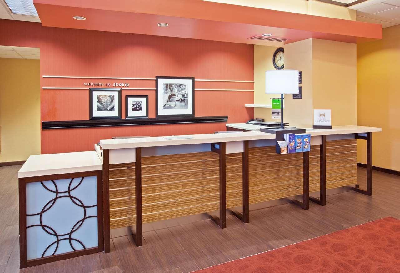 Hampton Inn & Suites Chicago-North Shore/Skokie image 2