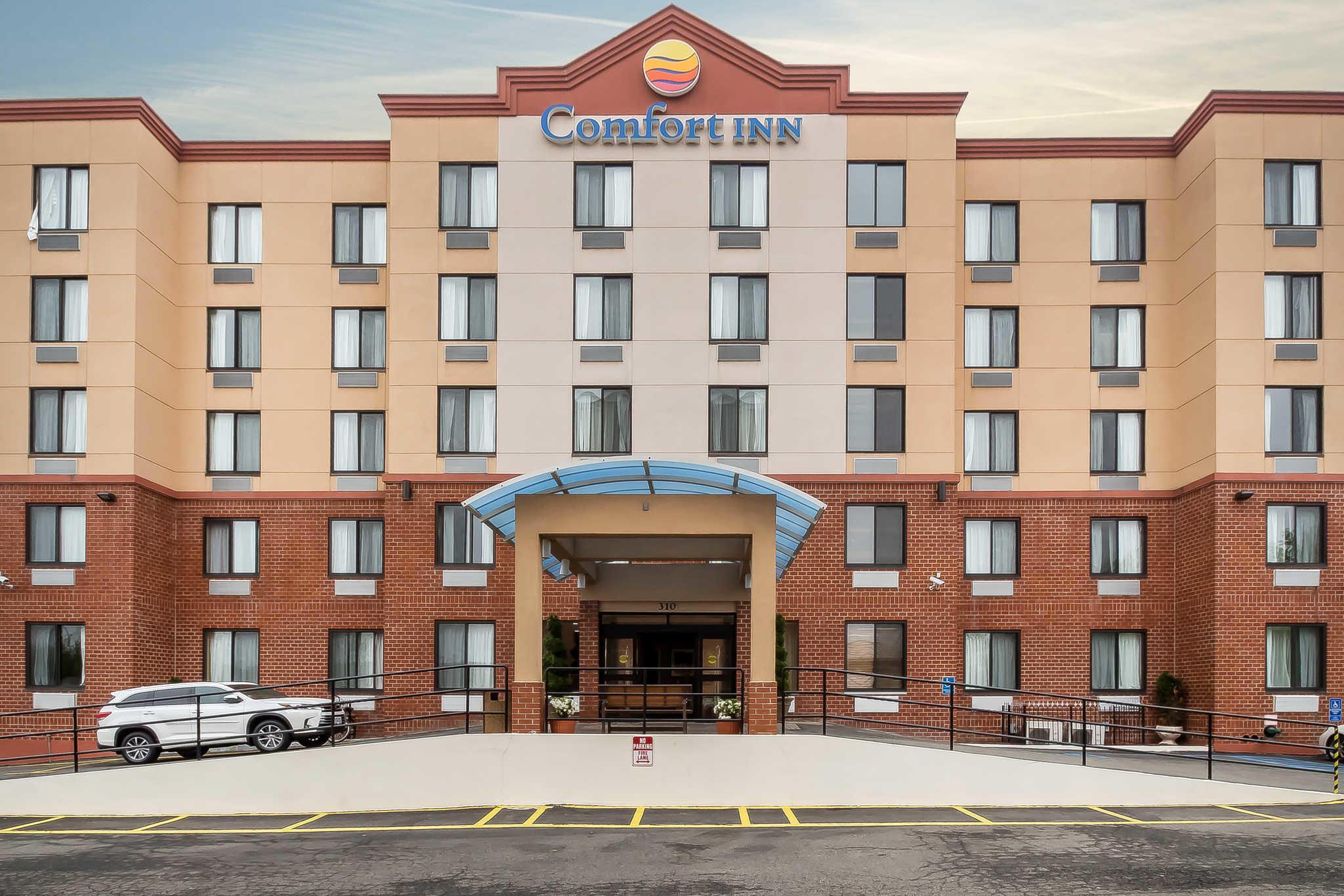 Comfort Inn Staten Island image 18