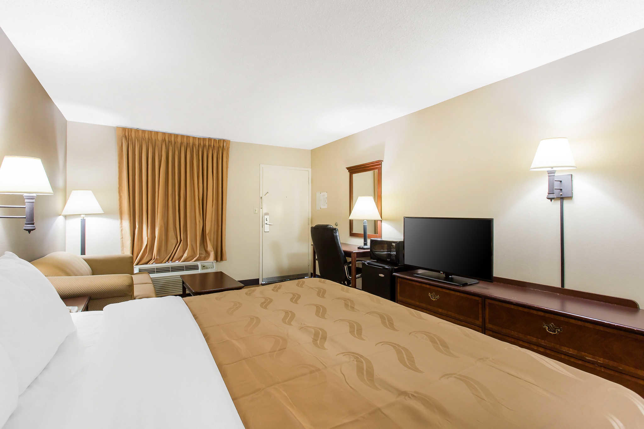Quality Inn Mount Airy Mayberry image 32