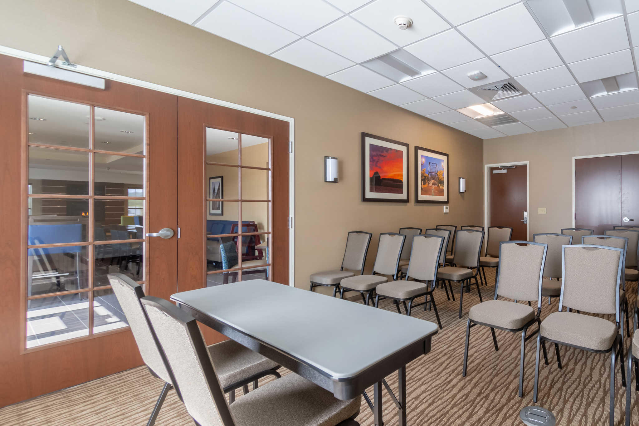 Comfort Inn & Suites - Harrisburg Airport - Hershey South image 33