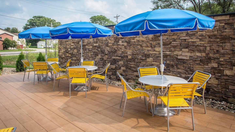 Fairfield Inn & Suites by Marriott Waterloo Cedar Falls image 4