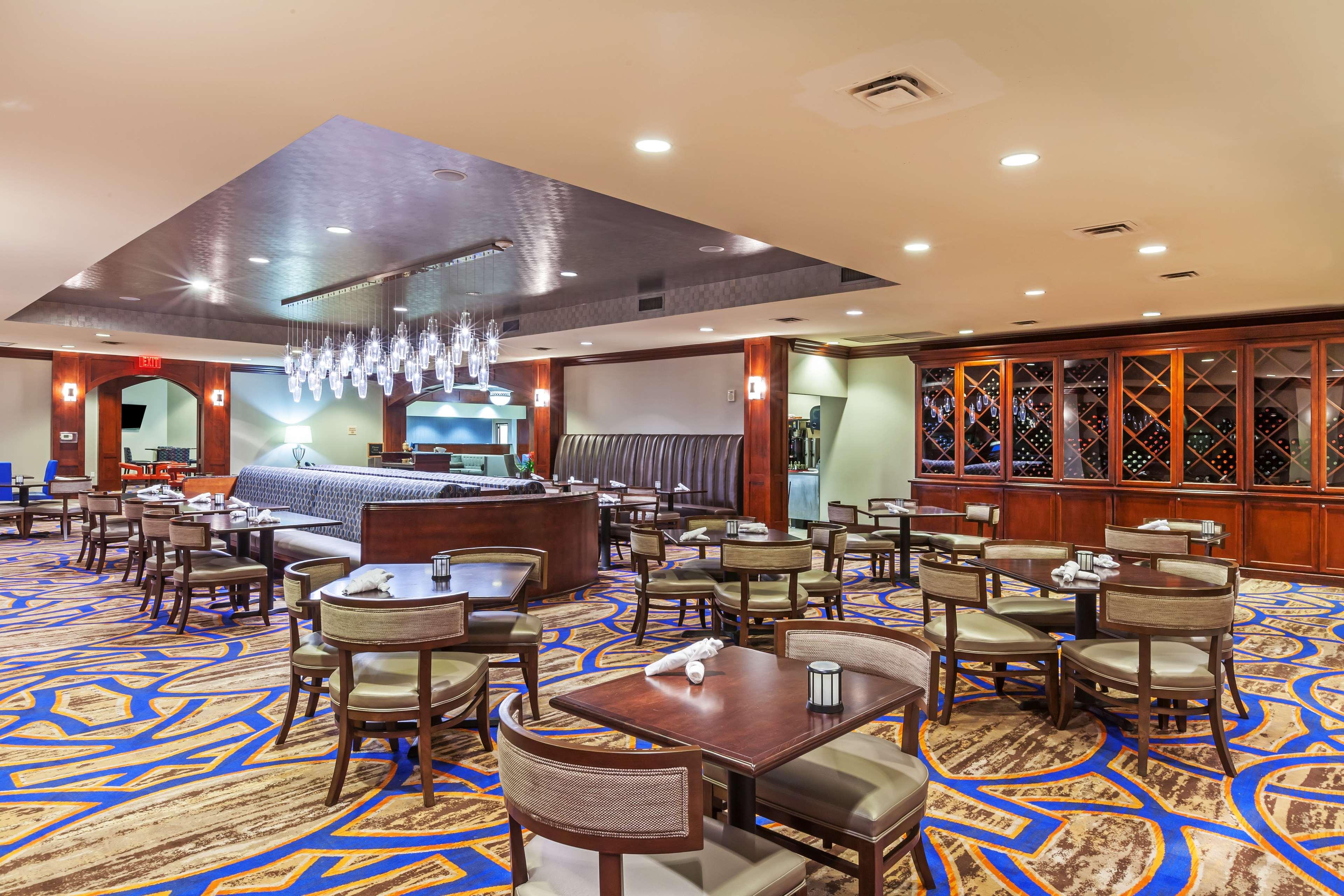 Hilton Waco image 28