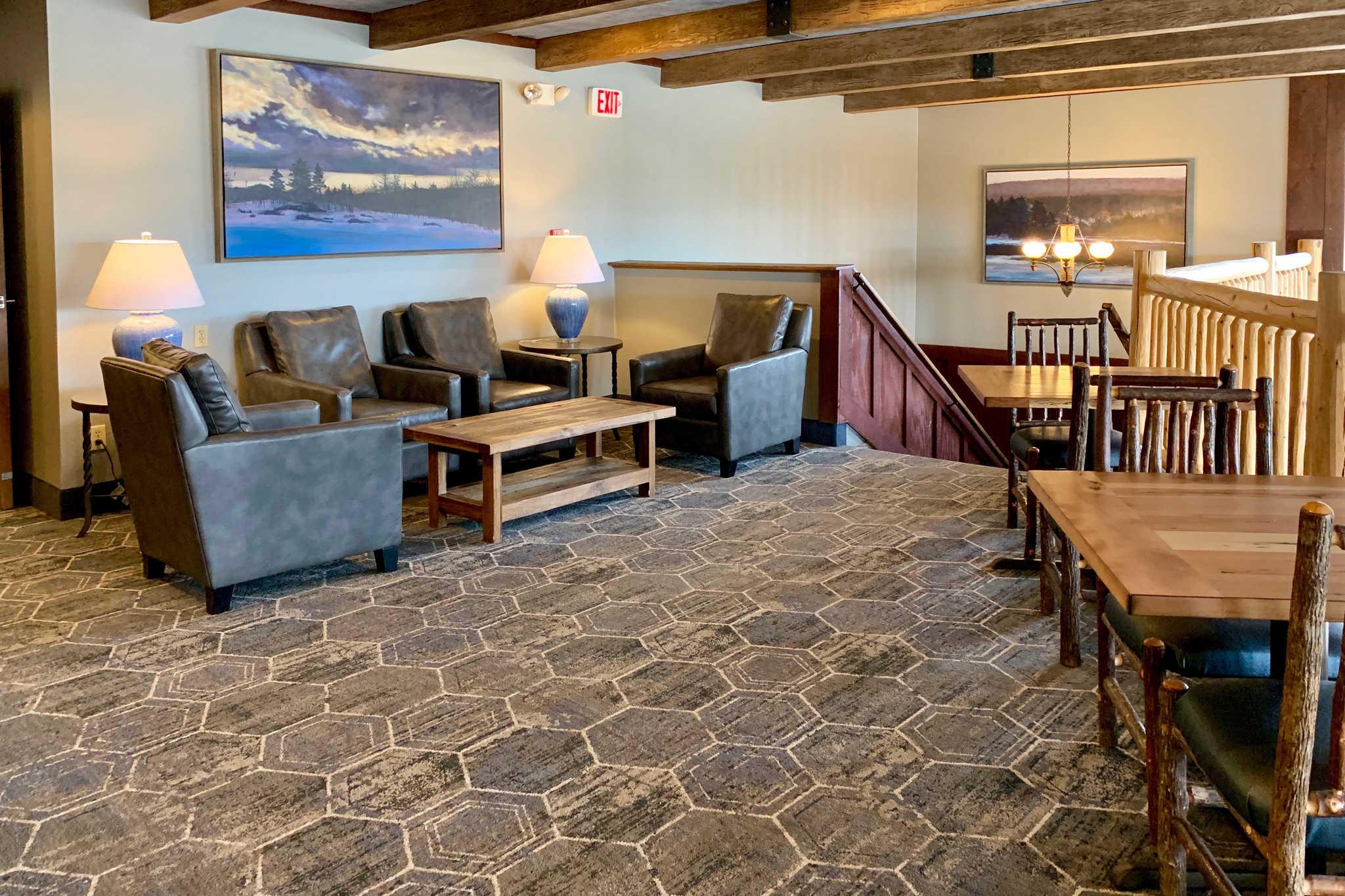 Comfort Inn I-17 & I-40 image 7
