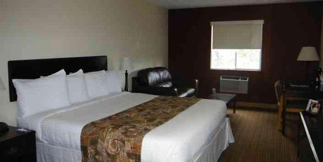 Lake House Hotel image 5