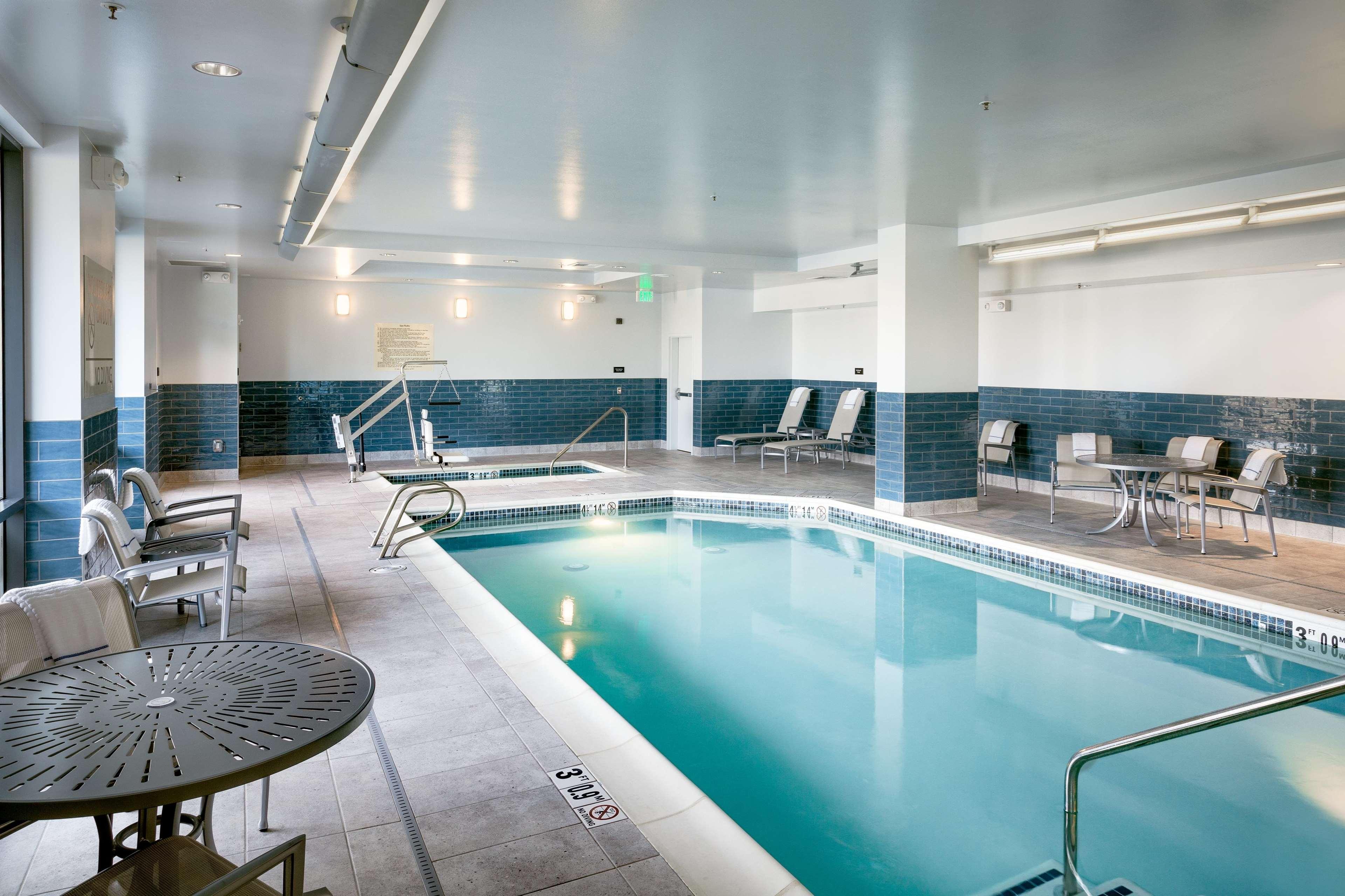 Hampton Inn & Suites by Hilton Seattle/Northgate image 36