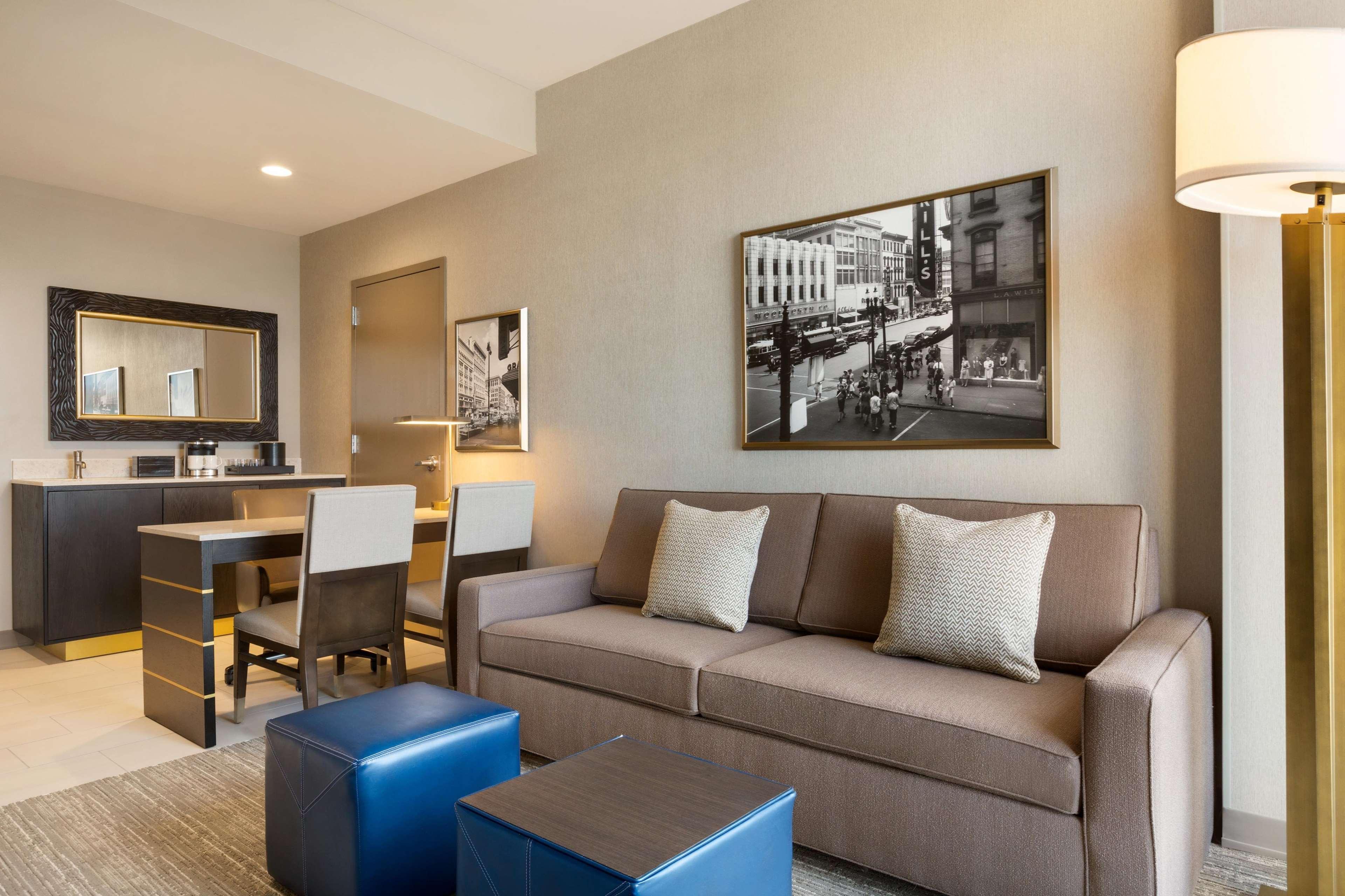 Embassy Suites by Hilton Syracuse Destiny USA image 10