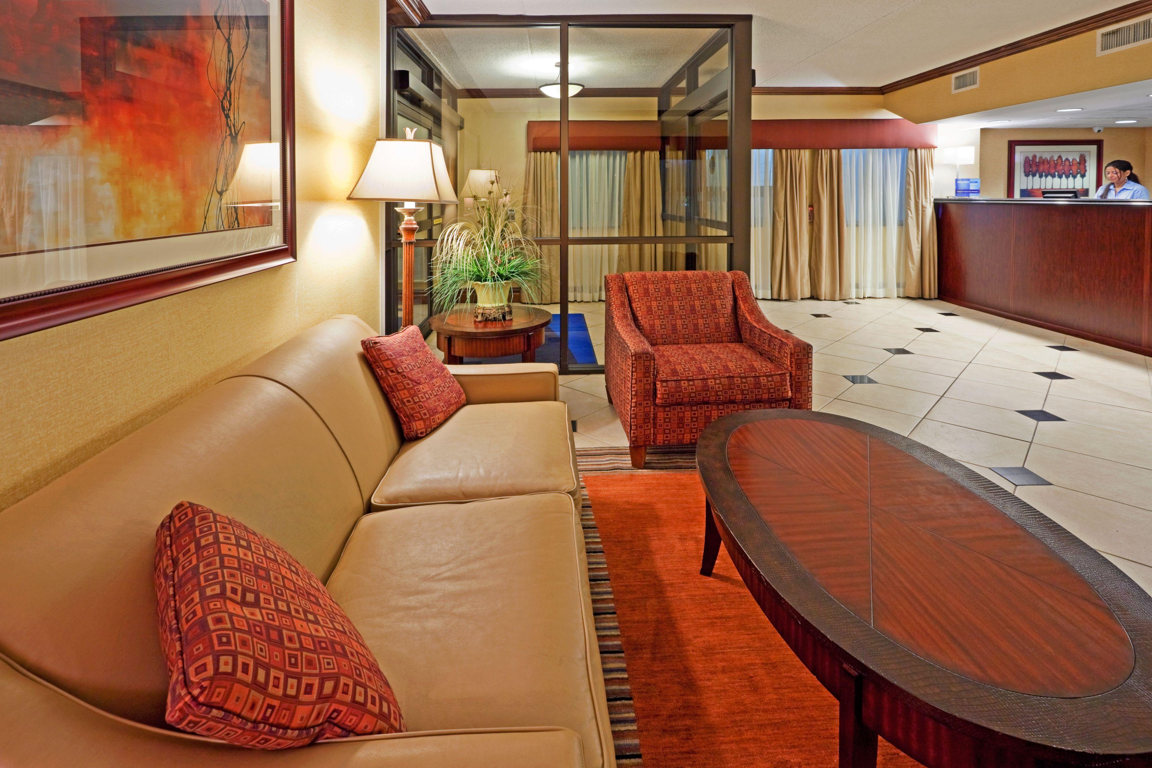 Holiday Inn Express Ramsey-Mahwah image 4