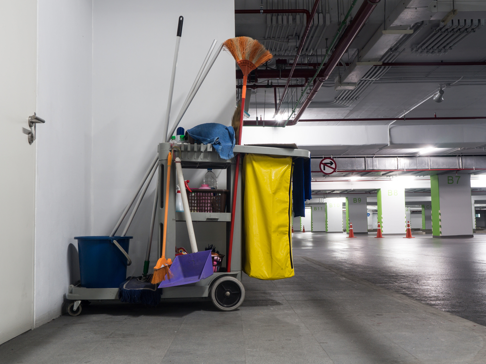 Often the first impression of your company is when clients walk through the front door. Let Keep It Clean provide you with a spotlessly clean facility that projects a professional corporate image. We are the leading commercial cleaning company that has been providing high quality commercial cleaning services to Decatur area businesses at a competitive price.