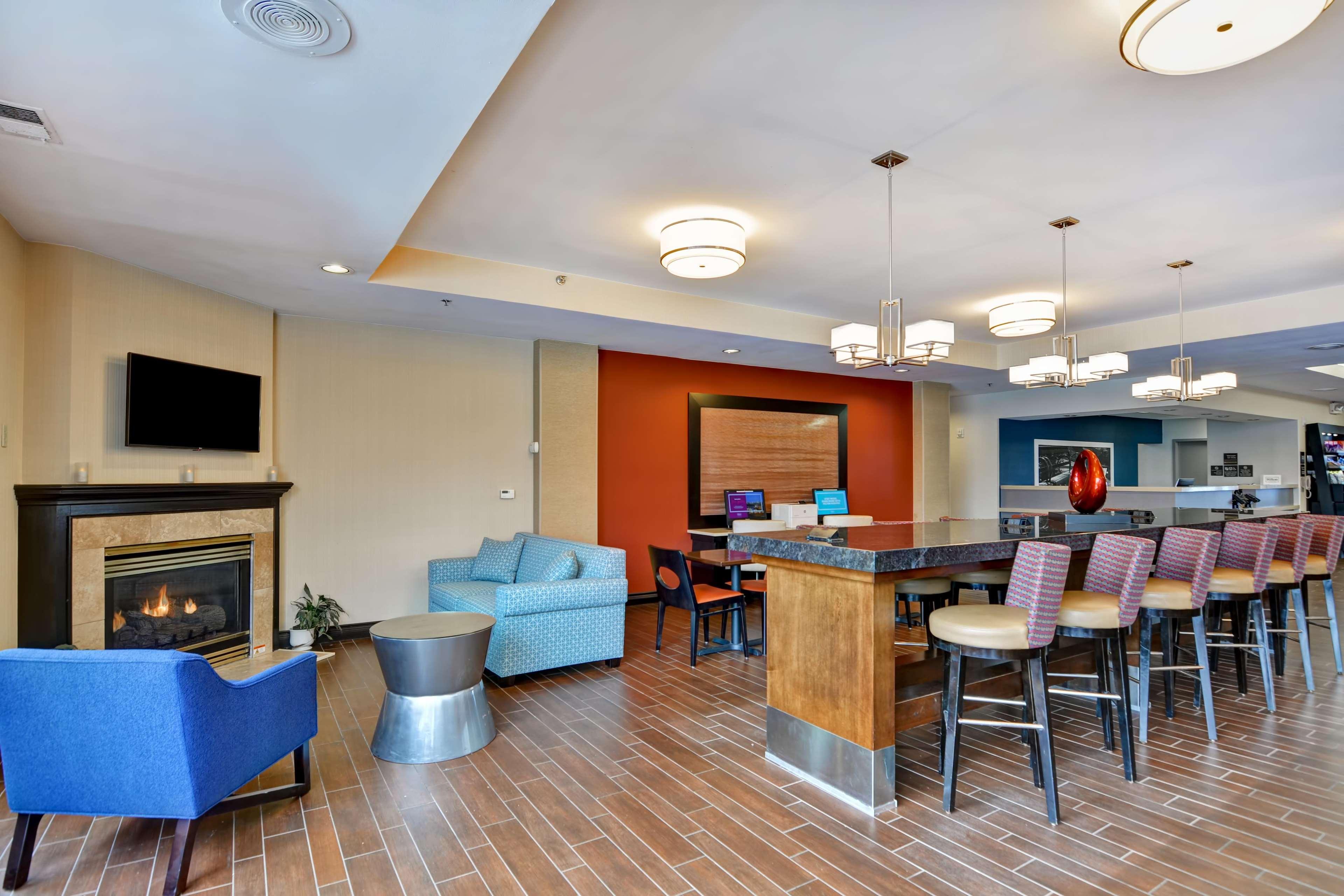 Hampton Inn Scranton At Montage Mountain image 9