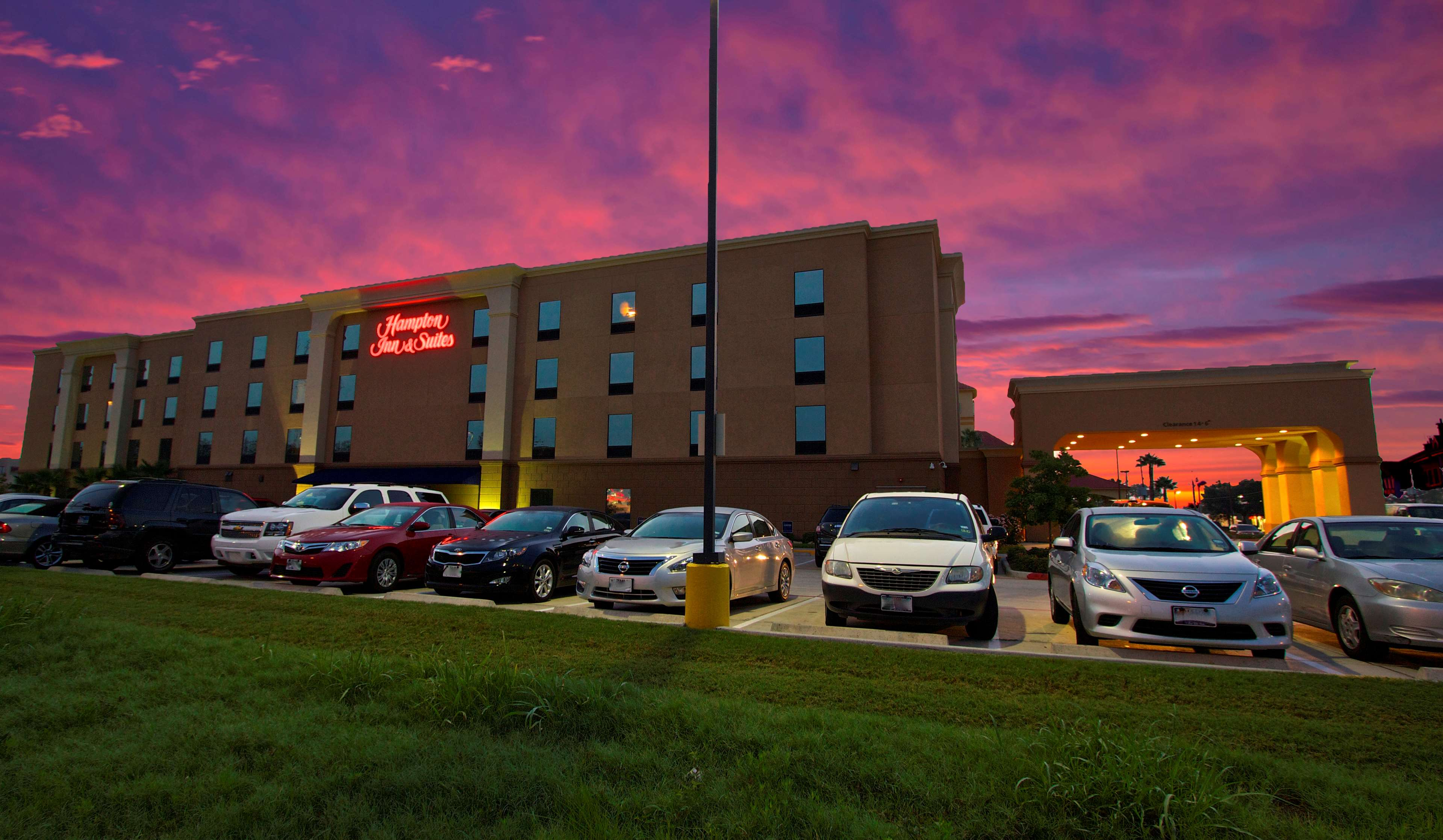 Hampton Inn & Suites Tomball Houston NW