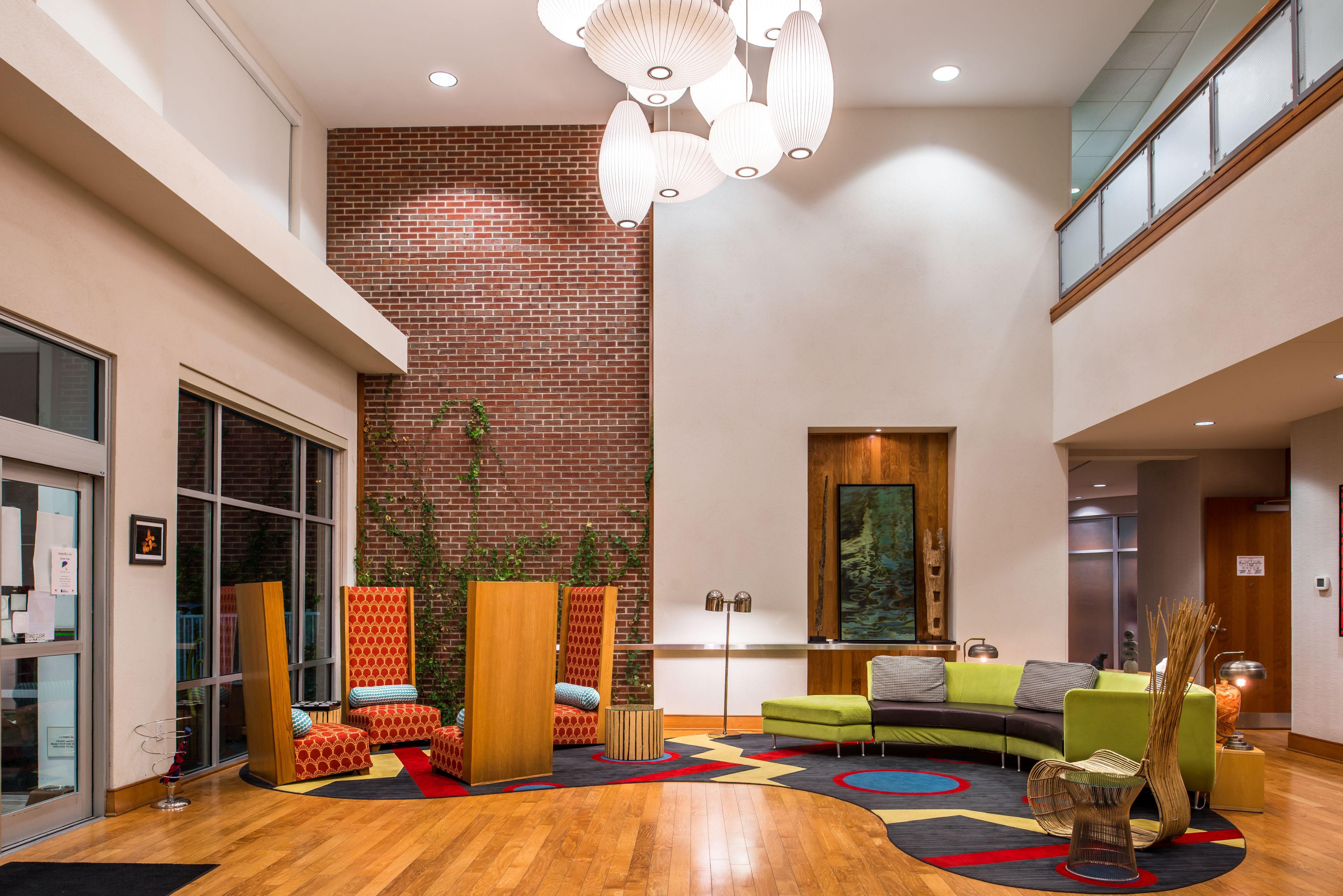 Hotel Indigo Columbus Architectural Center image 9