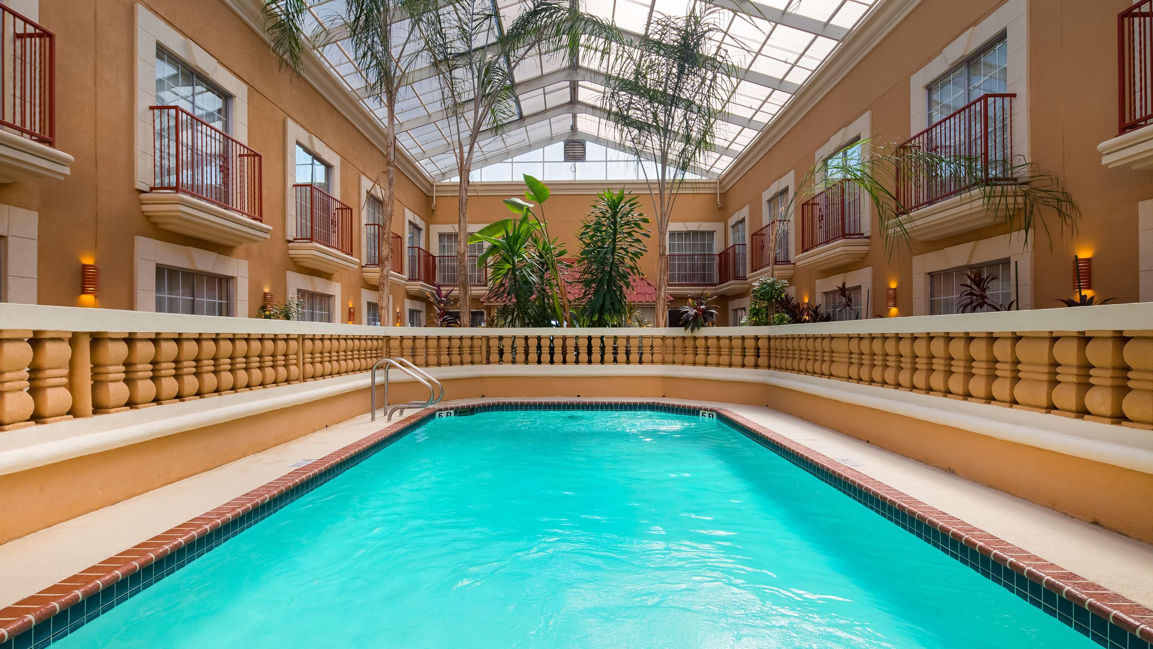 Best Western Plus Atrium Inn image 27