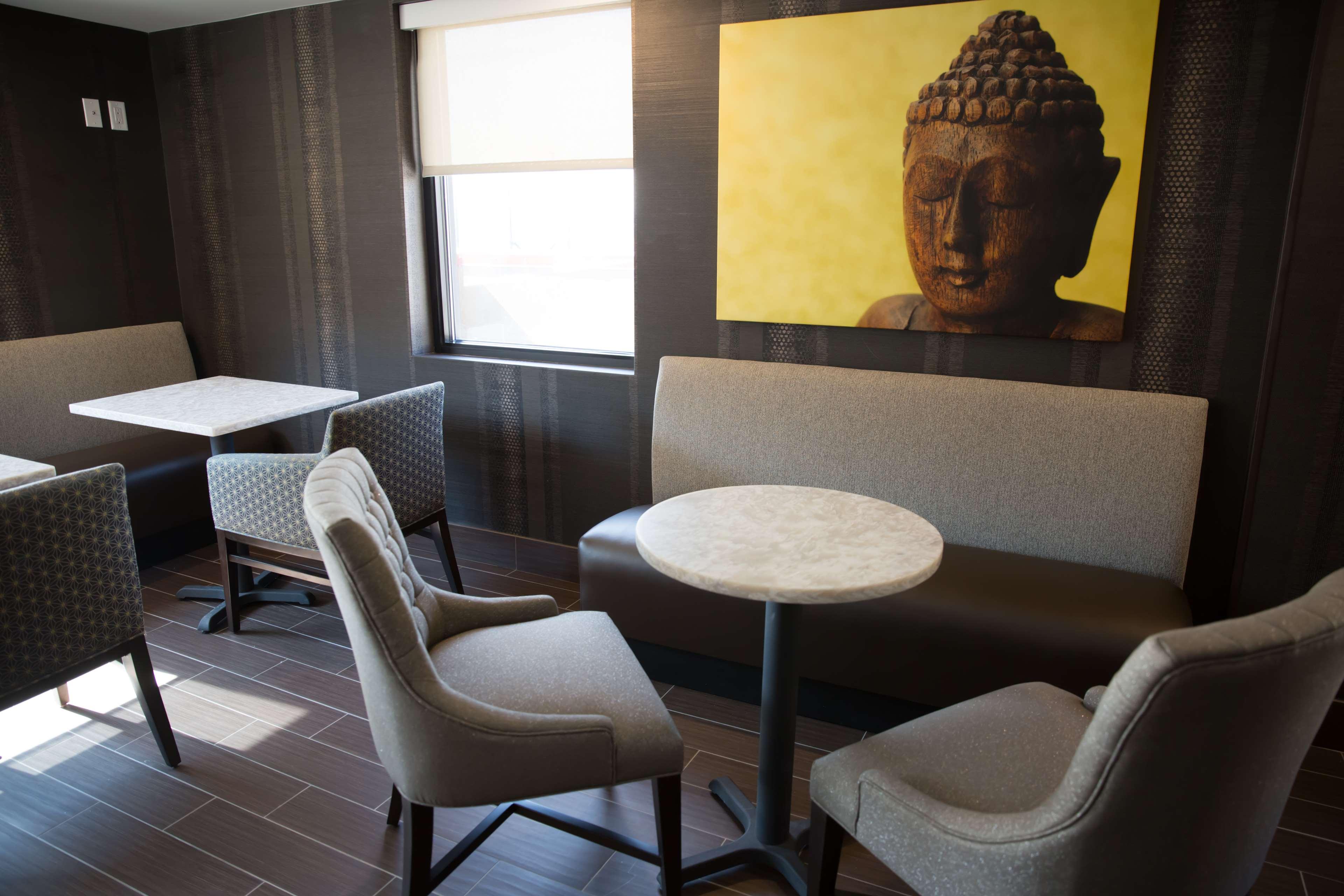 Best Western Premier NYC Gateway Hotel image 34