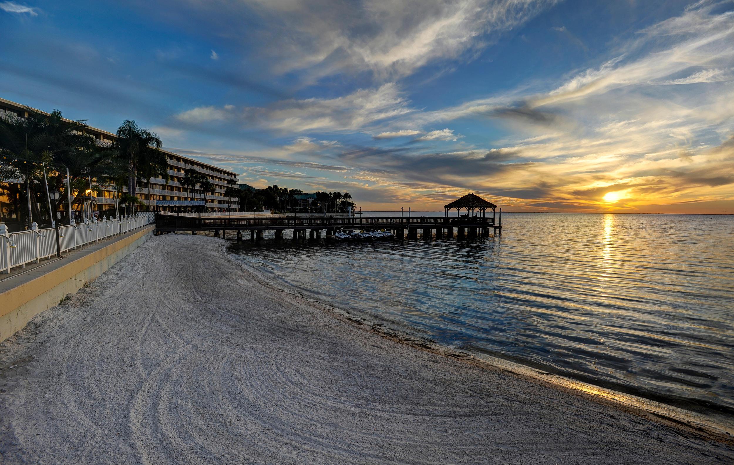The Godfrey Hotel & Cabanas Tampa image 7