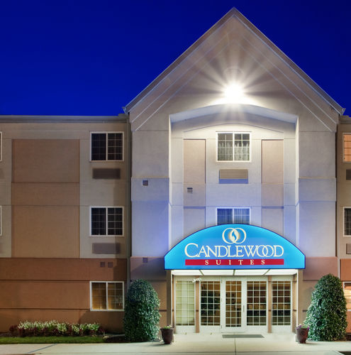 Candlewood Suites Richmond-South image 0
