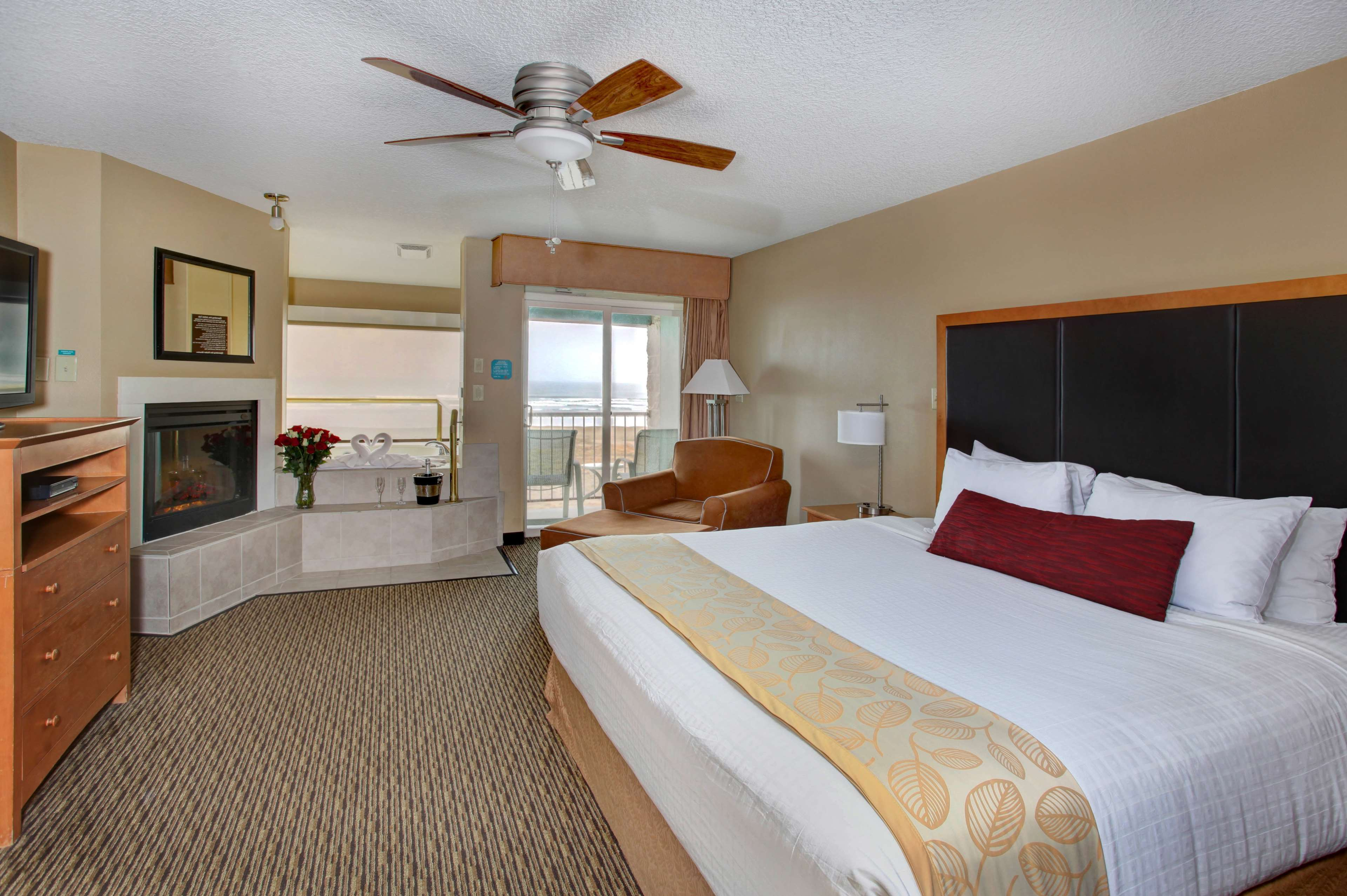 Best Western Plus Ocean View Resort image 13