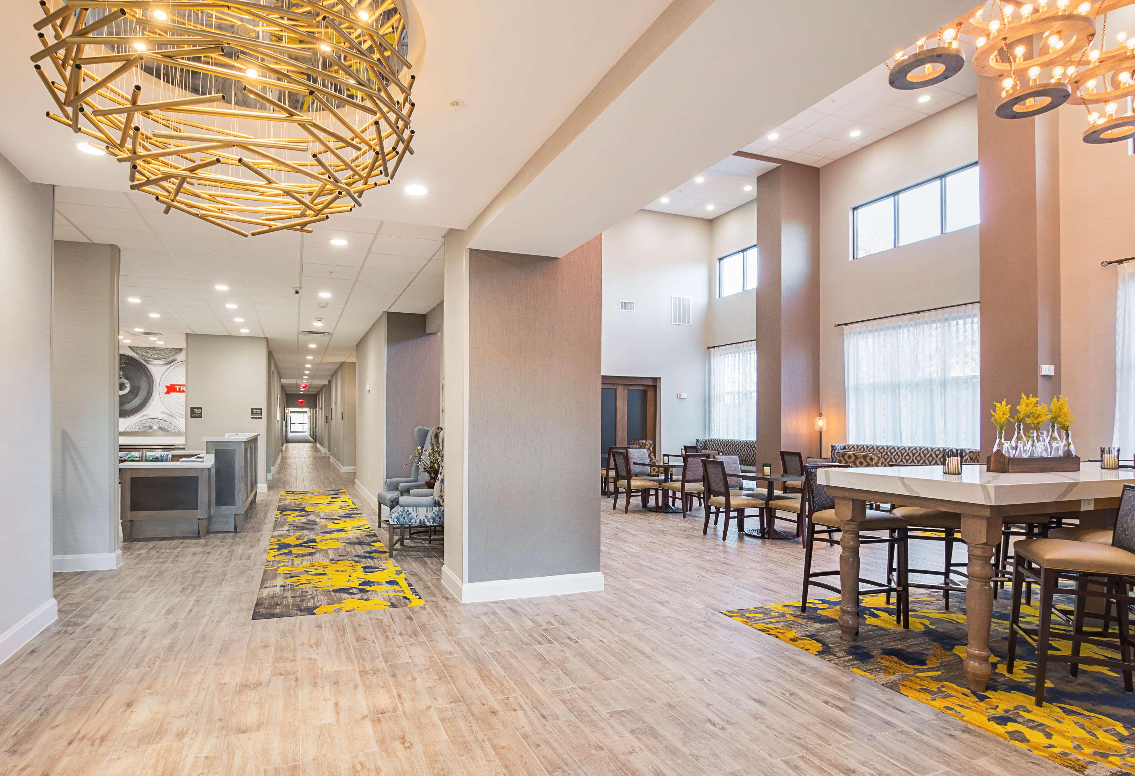 Hampton Inn & Suites Colleyville DFW West image 6