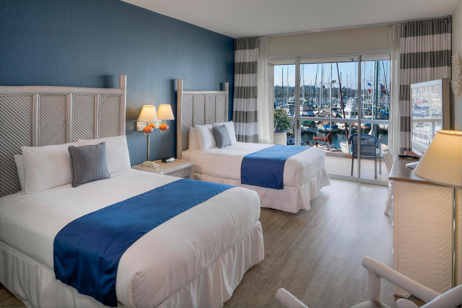 The Bay Club Hotel & Marina image 4