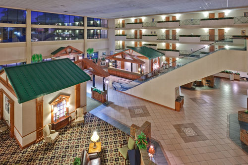 Holiday Inn Memphis-Univ Of Memphis - ad image