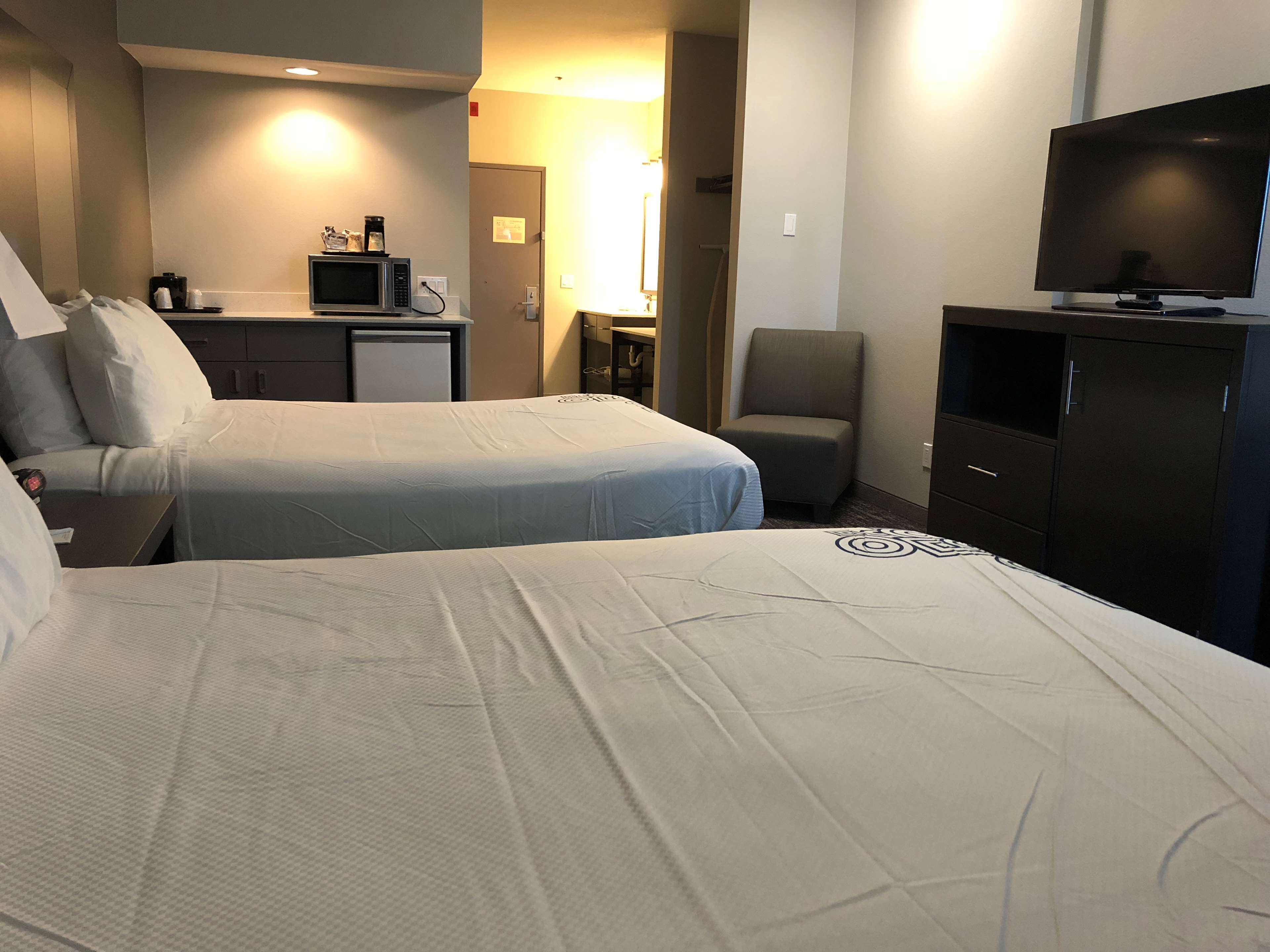 SureStay Plus Hotel by Best Western Moses Lake image 17