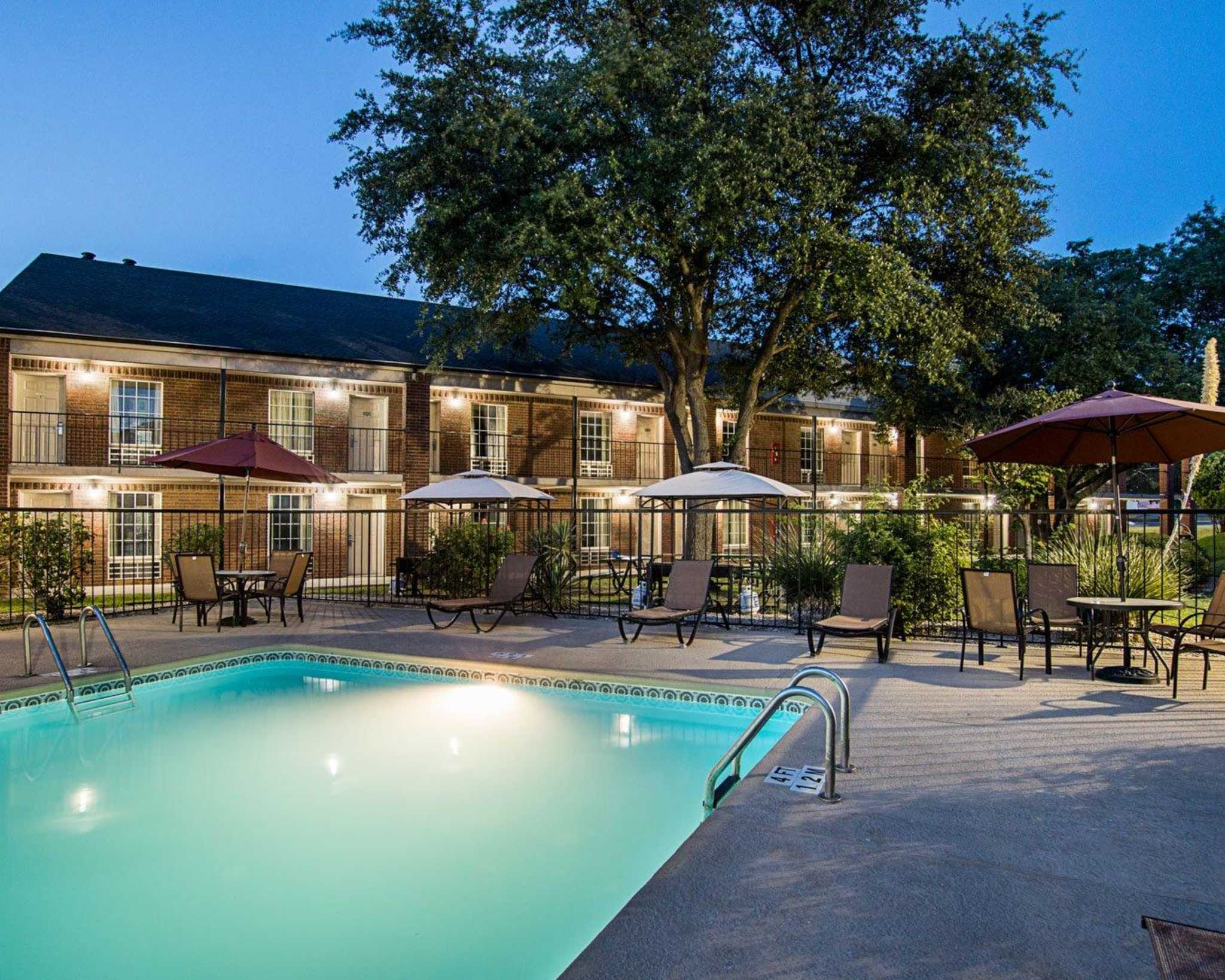 Motels In Mathis Tx