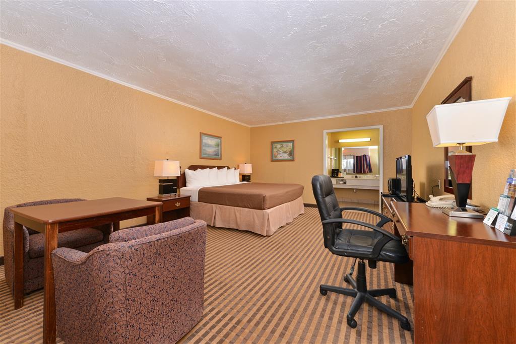 Americas Best Value Inn Elk City image 4