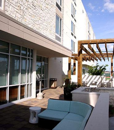 SpringHill Suites by Marriott Houston Rosenberg image 11