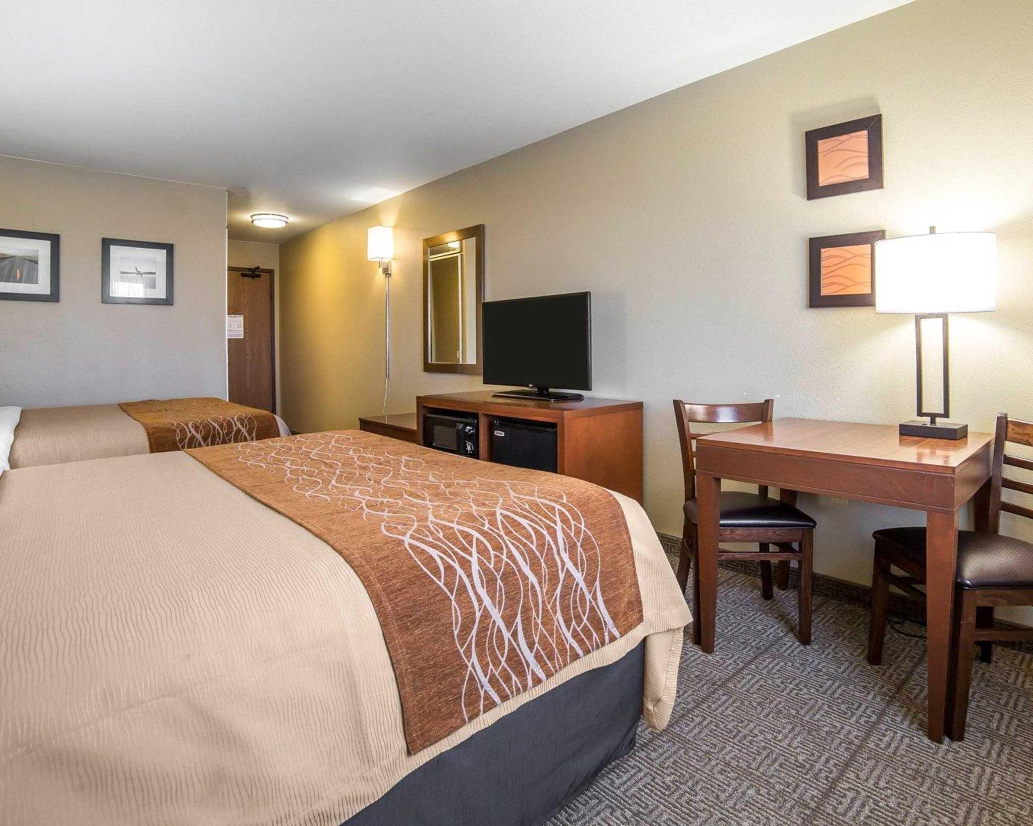 Comfort Inn Evansville-Casper image 4